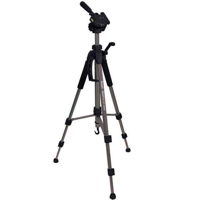 Rekam MaxiPod RT-M42G штатив (с муфтами)MaxiPod RT-M42GRekam MaxiPod RT-M42G – универсальный, 3-секционный штатив из серии MaxiPod. Устойчивая, 3-секционнаяконструкция выдерживает нагрузку до 3 кг. Благодаря многогранному сечению ног штатив обладаетдополнительным запасом прочности и может использоваться для видеосъемки. Конструкция головы позволяетповорачивать камеру для съемки вертикальных кадров. Управление «головой» осуществляется при помощи ручки.Конструкция с реечными растяжками помогает быстро разложить штатив в ровном положении. Для правильноговыравнивания горизонтали и вертикали, штатив оснащен двумя жидкостными уровнями, – на «голове» штатива ина основании треноги.Быстросъемная площадка надежно фиксируется и позволяет оперативно устанавливать и снимать камеру. Высота ног фиксируется при помощи удобных клипсовых зажимов. Для оперативной регулировки высотыцентральная колонна оснащена обжимным замком-фиксатором. Реечный микролифт с фиксатором и ручкойпозволяет осуществлять особо точную и плавную регулировку высоты штатива. Для придания большейустойчивости, центральная колонна штатива оснащена крюком для подвеса груза. Удобный захват обеспечиваютспециальные мягкие накладки («муфты») на верхних секциях ног. В холодное время года «муфты» защищают рукиот контакта с холодным металлом. Центральная колонна оснащена ручкой для переноски штатива. Матовоепокрытие темно-серого цвета помогает избежать нежелательных бликов.
