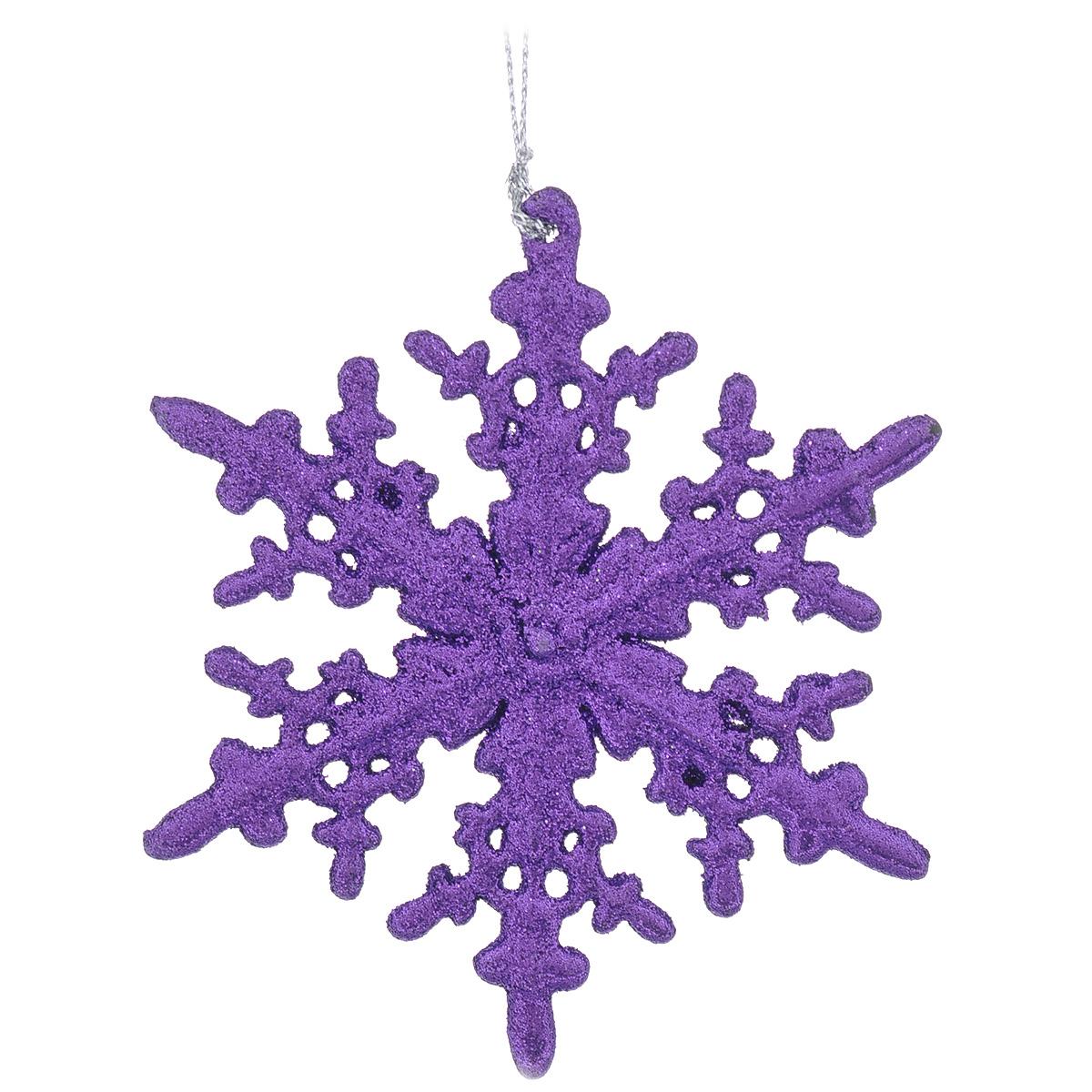 Новогоднее подвесное украшение Снежинка. 3059230592Изящное новогоднее украшение Снежинка выполнено из пластика и покрыто фиолетовыми блестками. С помощью специальной петельки украшение можно повесить в любом понравившемся вам месте. Но, конечно, удачнее всего такая игрушка будет смотреться на праздничной елке.Новогодние украшения приносят в дом волшебство и ощущение праздника. Создайте в своем доме атмосферу веселья и радости, украшая всей семьей новогоднюю елку нарядными игрушками, которые будут из года в год накапливать теплоту воспоминаний. Характеристики:Материал: пластик, блестки. Цвет: фиолетовый. Размер украшения: 11,5 см х 11,5 см х 0,3 см. Размер упаковки: 14,5 см х 13 см х 0,3 см.Артикул: 30592.