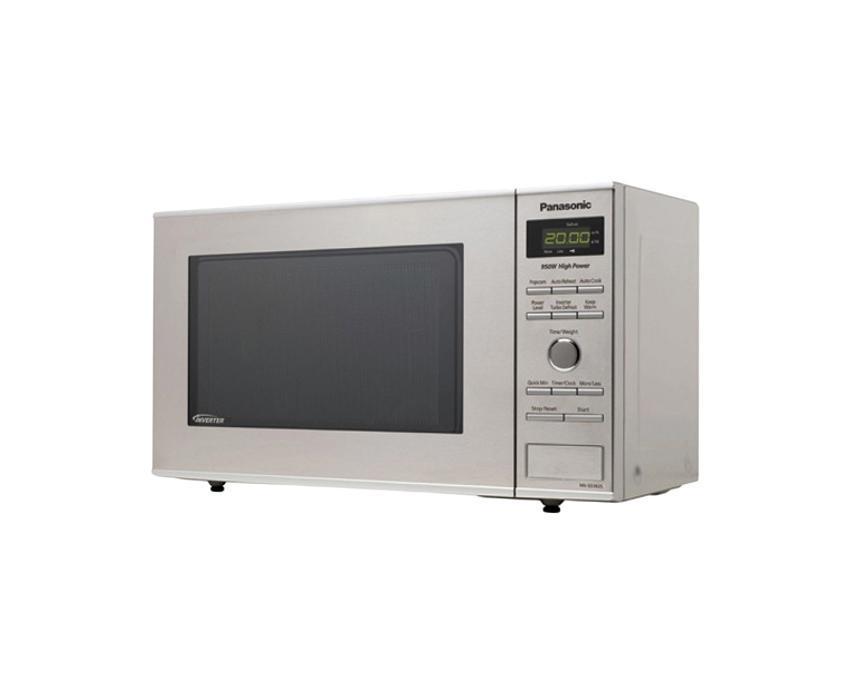 Panasonic NN-SD382SZPE Микроволновая печьNN-SD382SZPEМикроволновая печь PANASONIC NN-SD382SZPE. Объем 23 литра. Мощность 950 Вт. Автоменю популярных русских блюд. Инверторная Turbo разморозка. Компактный дизайн. Диаметр поворотного стола 285 мм. Внутреннее покрытие из жаропрочной эмали (серого цвета). Пошаговый дисплей. Комбинированное управление: утапливаемый поворотный переключатель + кнопочная панель управления. Светодиодная подсветка внутри камеры печи. Книга рецептов на русском языке. Цвет: нержавеющая сталь.
