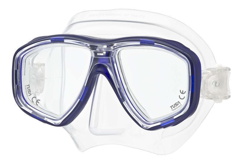 Маска для плавания Tusa Geminus, цвет: синийTS M-28 CBLВ данной маске применена недавно разработанная низкопрофильная пряжка, которая крепится прямо к силиконовому обтюратору. В результате получается компактная, легкая и технологически более совершенная модель маски, которую можно просто и быстро настроить под себя, добившись оптимального прилегания.Обтюратор маски М-28 имеет скругленные края со специальной посадкой обтюратора по линиям наилучшего прилегания к лицу.В маске М-28 применен 3D-ремешок новой конструкции, который точно повторяет затылочный изгиб и обеспечивает великолепное прилегание.Возможна установка диоптрийных линз (приобретаются отдельно). Характеристики: Цвет: синий. Ширина оправы маски: 15,5 см. Размер упаковки: 20 см x 10,5 см x 11 см. Материал: силикон, стекло, пластик. Артикул: TS M-28 CBL.Производитель: Тайвань.