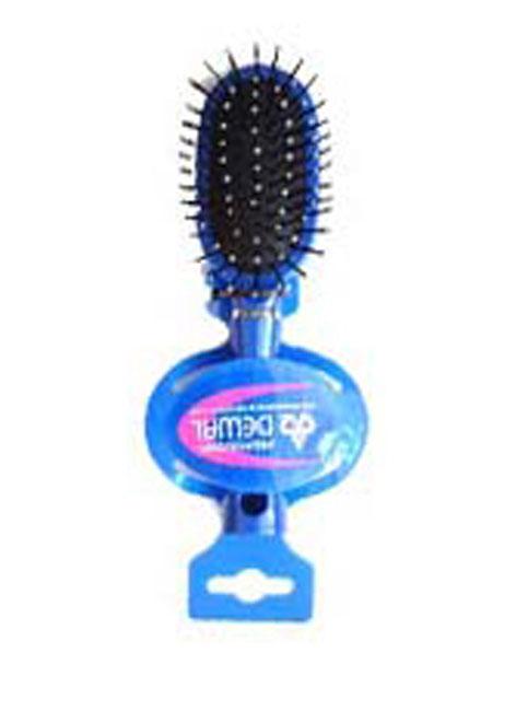 Dewal Расческа массажная, с пластиковыми зубцами. DW9555P1-H2P BLUEDW9555P1-H2P BLUEВ ассортименте торговой марки Dewal (Деваль) имеются расчески на все случаи жизни, с помощью которых можно выполнять стрижки, укладки, модельные причёски и другие манипуляции с волосами. Вообще расческа для волос считается для парикмахера самым простым, но при этом незаменимым инструментом. Массажная деревянная мини щетка с пластмассовыми зубцами (что делает расческу более мягкой и менее травматичной для кожи головы) идеальна для расчесывания любых волос и массажа кожи головы, специальная форма зубцов обеспечивает наиболее бережное соприкосновение с кожей головы. Продуманная конструкция, эргономичный дизайн обеспечивают комфортную работу парикмахера. Расчёски с лёгкостью скользят по волосам, удобно ложатся в руку. Товар сертифицирован.