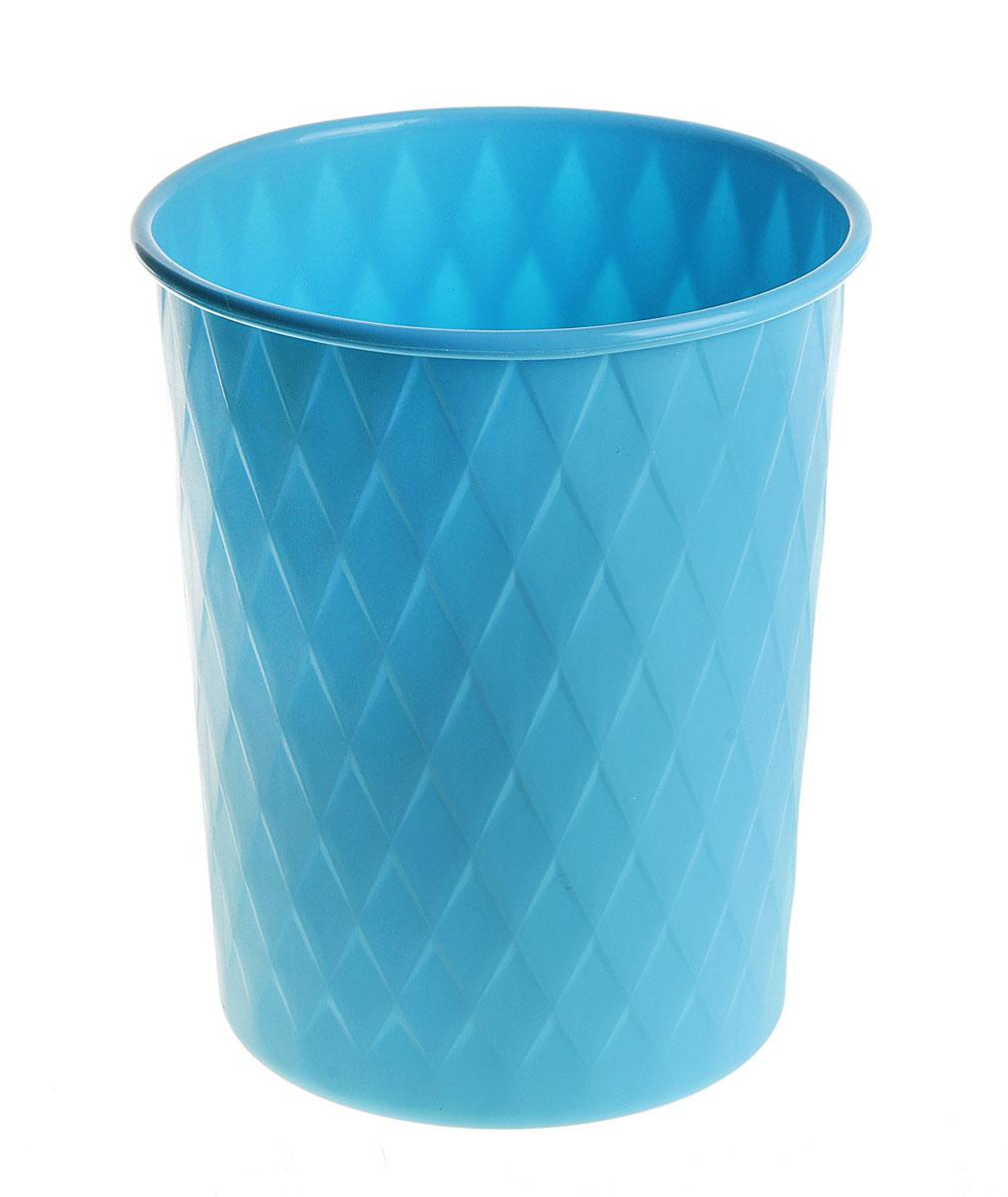 Ведерко Sima-land Ромб, пластиковое, цвет: синий, высота 24 см147471Ведерко Sima-land Ромб изготовлено из пластика и предназначено для складывания мусора, различных мелких предметов и материалов. Поверхность изделия декорирована рельефным ромбовидным рисунком.Размер ведерка: 24 см х 19,5 см.Диаметр дна: 15,5 см.