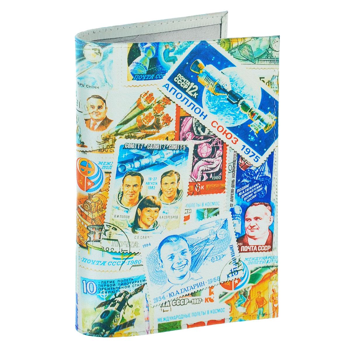 Обложка для паспорта Космос (марки). OK271Натуральная кожаОбложка для паспорта Mitya Veselkov Космос. Марки выполнена из натуральной кожи и оформлена изображениями почтовых марок с космической тематикой. Такая обложка не только поможет сохранить внешний вид ваших документов и защитит их от повреждений, но и станет стильным аксессуаром, идеально подходящим вашему образу.Яркая и оригинальная обложка подчеркнет вашу индивидуальность и изысканный вкус. Обложка для паспорта стильного дизайна может быть достойным и оригинальным подарком.