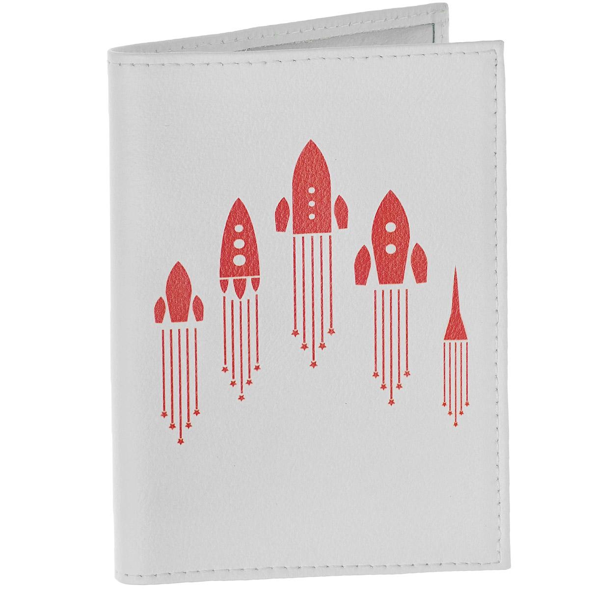 Обложка для автодокументов Ракеты. AUTO286AUTO286Обложка для автодокументов Mitya Veselkov Ракеты изготовлена из натуральной кожибелого цвета и оформлена изображениями силуэтов взлетающих красных ракет. На внутреннем развороте имеются съемный блок из шести прозрачных файлов из мягкого пластика для водительских документов, один из которых формата А5, а также два боковых кармашка для визиток или банковских карт.Стильная обложка не только поможет сохранить внешний вид ваших документов и защитит их отгрязи и пыли, но и станет аксессуаром, который подчеркнет вашу яркую индивидуальность.