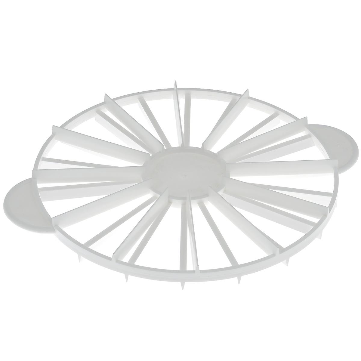 Декоратор кулинарный Dr.Oetker, с порционной разметкой, диаметр 26,5 см1641Декоратор кулинарный Dr.Oetker выполнен из пищевого пластика и предназначен для украшения кулинарных изделий. Декоратор позволяет делать разметку для нарезания торта на 12 и 18 кусков. Декоратор Dr.Oetker станет незаменимым атрибутом на кухне каждой хозяйки.Можно мыть в посудомоечной машине.