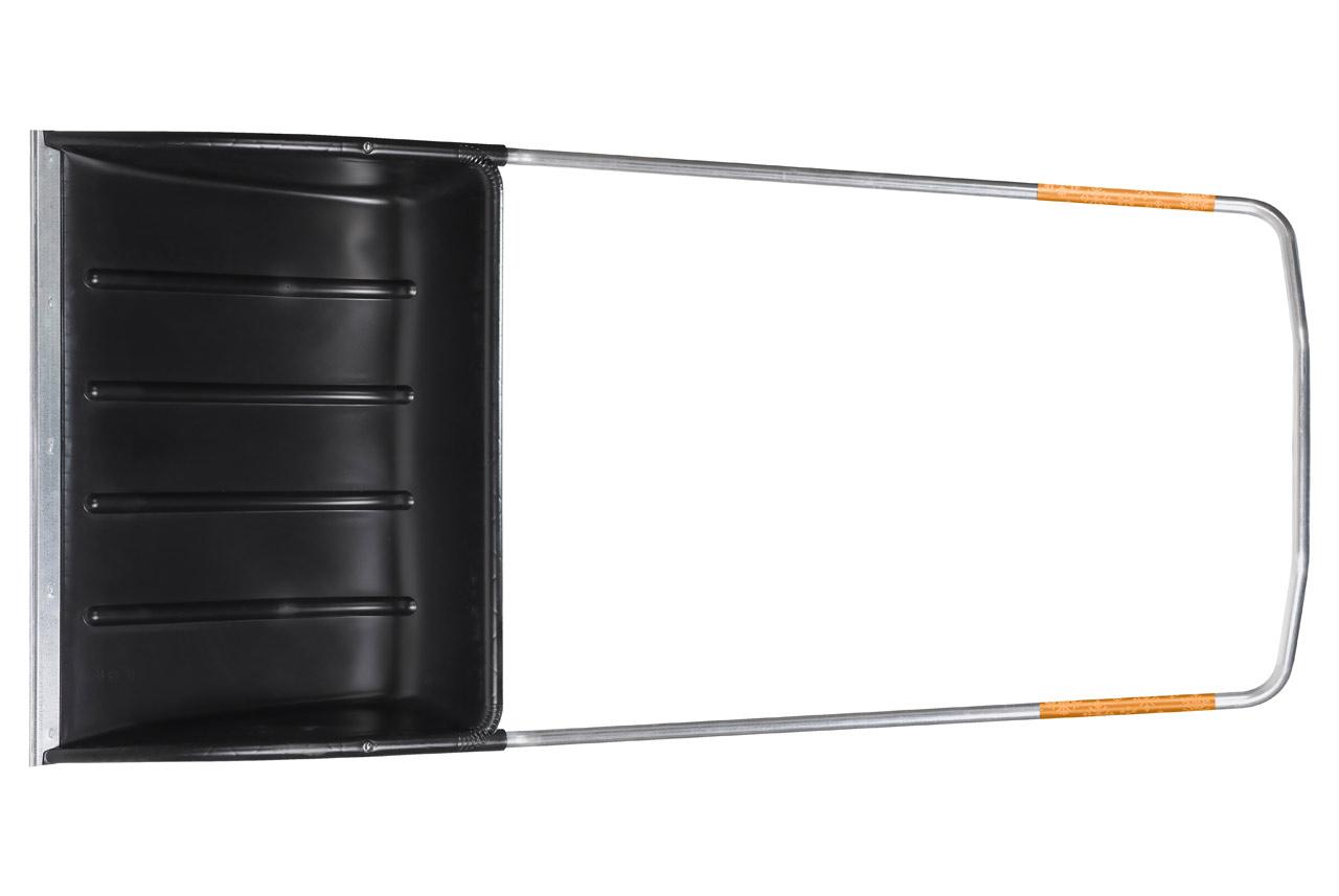 Скрепер-волокушка для уборки снега Fiskars, ширина 74 см143021Скрепер-волокушка для снега Fiskars предназначен для уборки больших площадей. Широкое лезвие, усиленное алюминиевой кромкой, позволяет убирать самый твердый снег. Малый вес позволяет работать долгое время без усилий. Снег не налипает на ковш лопаты за счет специальных ребер. Рабочая часть скрепера выполнена из прочного пластика, устойчивого к перепадам температур.