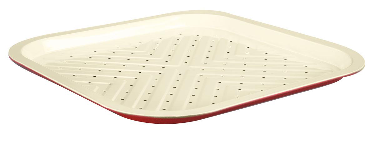 """Противень для приготовления картофеля фри """"Bekker"""" квадратной формы изготовлен из высококачественной углеродистой стали с антипригарным керамическим покрытием Pfluon. Внешнее покрытие жаростойкое. По всей поверхности изделие имеет специальный рельеф и маленькие отверстия. Идеально подходит для приготовления картофеля фри. Керамическое покрытие не позволяет пище пригорать и прилипать к поверхности, поэтому можно использовать минимальное количество подсолнечного масла.  Подходит для использования в духовом шкафу. Рекомендована ручная чистка.   Внутренний размер противня: 32 см х 32 см.  Общий размер противня (с учетом бортов): 35 см х 35 см.  Высота стенки: 2 см.  Толщина стенки: 0,4 мм."""