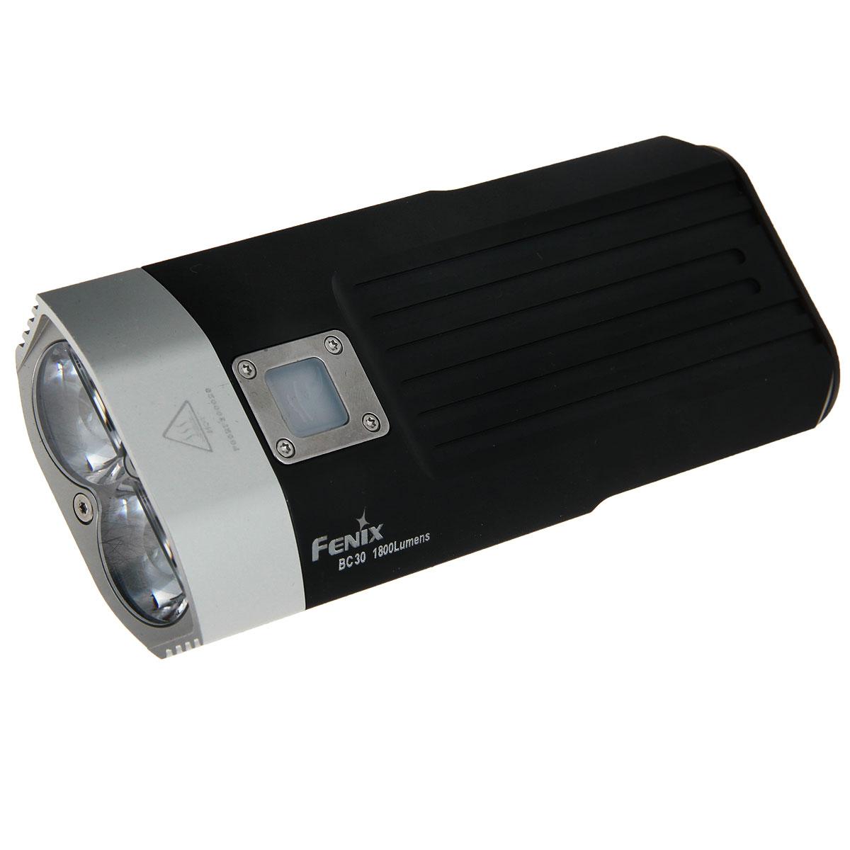 Фонарь велосипедный Fenix BС30, светодиодныйBC30Компания Fenix предлагает велофару Fenix BC30, которая рассчитана на пользователей особенно требовательных к качеству ночного освещения. В сумме два встроенных диода Cree XM-L дают яркость света 1800 люмен. На усмотрение пользователя можно установить 1 из режимов, что позволяет выбрать мощность света от 100 до 1800 люмен. Дальность освещения велофары составляет 146 метров.Дополнительным преимуществом осветительного прибора является простота его крепления на руль велосипеда. Крепления, которые входят в стандартный комплект, рассчитаны на толщину руля от 2 до 3,5 см. Отсоединить фару достаточно просто и быстро, поэтому ее можно использовать и в качестве мощного ручного фонаря.