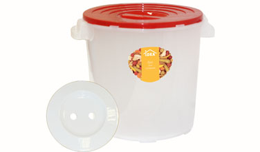 Бак для соления Idea, с гнетом, цвет: прозрачный, красный, 25лМ 2406Бак для соления Idea предназначен для соления огурцов, капусты, томатов, рыбы, грибов. Укомплектован гнетом и надежно крепящийся крышкой. Прочность и конструкция крышки позволяют ставить баки один на другой.Объем: 25 л.