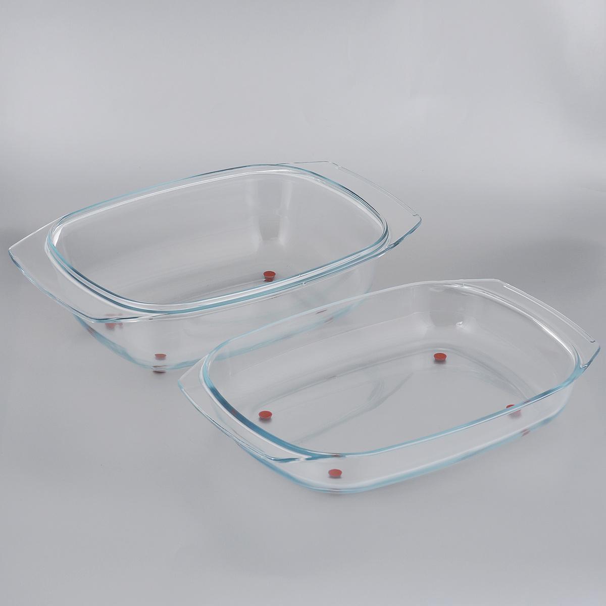 Жаровня Tescoma Delicia Glass с крышкой, 42 см х 26 см629082Массивная жаровня Tescoma Delicia Glass, состоящая из двух частей,изготовлена из жаростойкого боросиликатного стекла. Основание и крышка жаровни оснащены ножками из высококачественного силикона, поэтому их можно ставить прямо из духовки на стол без риска повреждения поверхности. Жаровня снабжена удобными ручками. Обе части изделия можно использовать как две отдельные жаровни, низкую и глубокую.Подходит для всех типов печей, холодильников и посудомоечных машин.