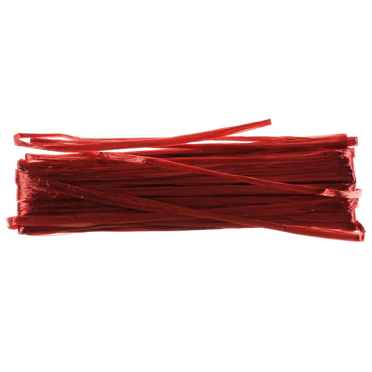 Рафия Hobby Time, цвет: красный (419), длина 20 м318261Рафия Hobby Time, изготовленная из бумаги, широко применяется для упаковки подарков, оформления цветочных композиций. Бумажная рафия так же подойдет и в декоре работ в стиле скрапбукинг. Из нее можно изготовить оригинальные цветочные композиции. Расправьте рафию и вы получите широкую бумажную и мягкую ленту. Рукодельницы используют рафию вместо бумаги или в качестве декоративных лент для упаковки подарков. Например, окрашенную в разные цвета, рафию можно использовать в качестве ленты для украшения подарочных коробочек. Длина: 20 м.