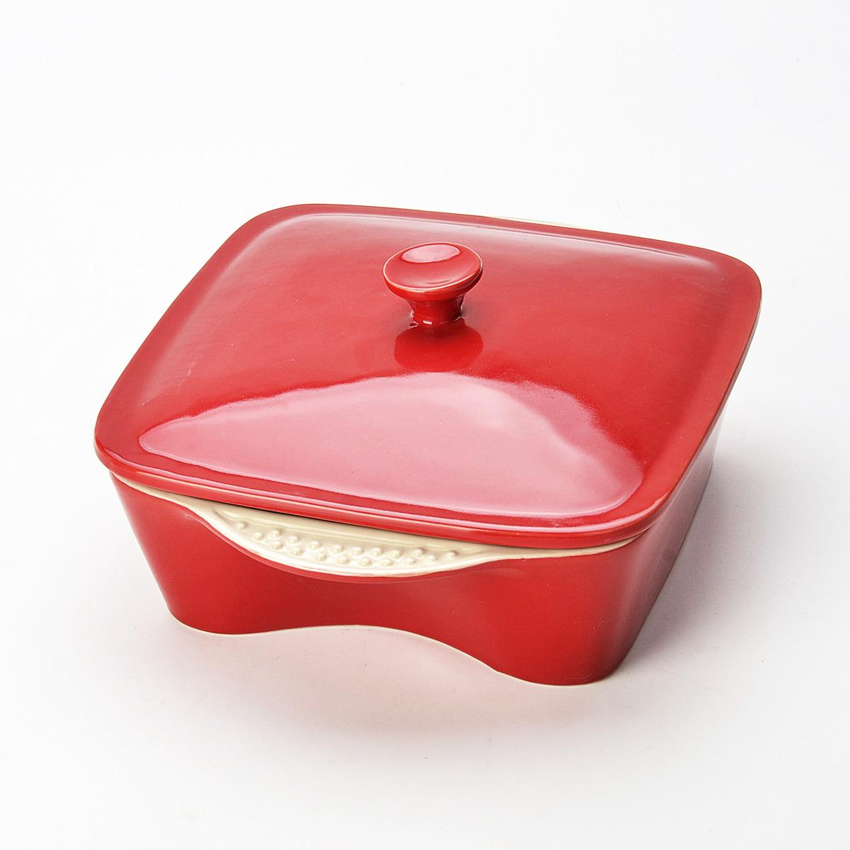 Жаровня Mayer & Boch с крышкой, цвет: красный, 1,7 л. 2177421774Жаровня Mayer & Boch, изготовленная из высококачественной керамики, подходит для любого вида пищи. Элегантный дизайн идеально подходит для современного дома. В комплект входит крышка из керамики. Изделие оснащено удобными ручками.Пища, приготовленная в керамической посуде, сохраняет свои вкусовые качества, и благодаря экологической чистоте материала, не может нанести вред здоровью человека. Керамика - один из самых лучших материалов, который удерживает тепло, медленно и равномерно его распределяет. С такой жаровней вы всегда сможете порадовать своих близких оригинальным блюдом.Жаровню можно использовать в духовом шкафу, в микроволновой печи, замораживать в холодильнике. Можно мыть в посудомоечной машине.Размер жаровни (с учетом ручек): 25,5 см х 21 см х 6,5 см.Высота стенок: 6,5 см.Толщина стенок: 6-7 мм.
