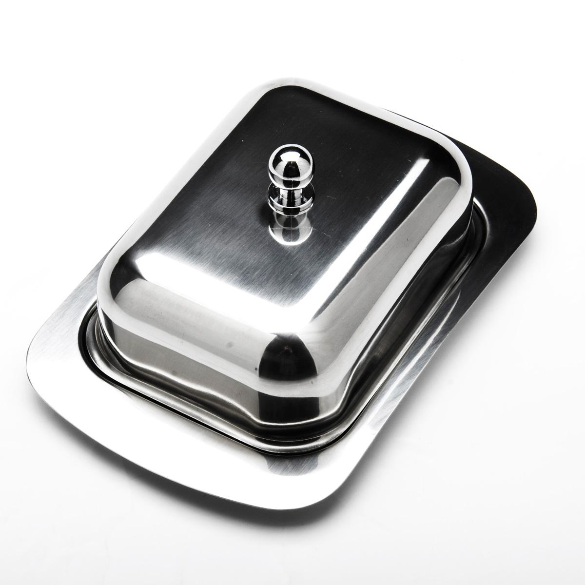 """Масленка """"Mayer & Boch"""", изготовленная из высококачественной нержавеющей стали, предназначена для красивой сервировки и хранения масла. Она состоит из подноса и крышки с ручкой. Масло в ней долго остается свежим, а при хранении в холодильнике не впитывает посторонние запахи. Гладкая поверхность обеспечивает легкую чистку. Можно мыть в посудомоечной машине.    Размер подноса: 19 см х 12 см х 2 см.  Размер крышки: 13,5 см х 10 см х 6 см."""