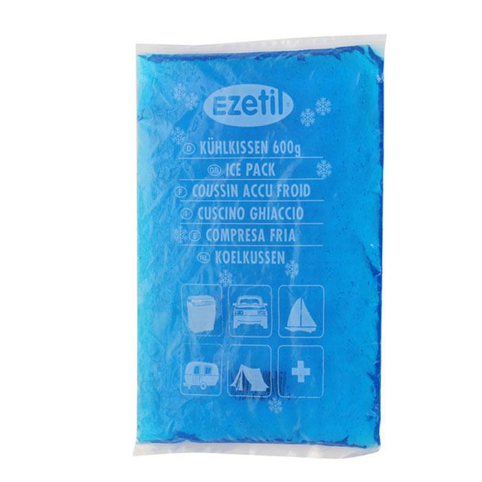 Аккумулятор холода Ezetil Soft Ice, 600 г890239Аккумулятор холода Ezetil Soft Ice выполнен в виде герметично запаянного полиэтиленового пакета с гелиевым наполнителем голубого цвета. Свойства геля позволяют в режиме заморозки сохранять мягкость пакета и использовать его в нужной форме. Аккумулятор холода предназначен для поддержания температуры охлажденных продуктов или подогрева продуктов при транспортировке и хранении в сумке-холодильнике или в контейнере. Аккумулятор охлаждается до -18 °С и нагревается до +60 °С. Содержимое аккумулятора не токсично. Аккумулятор изготовлен из экологически чистого материала, допускается к контакту с пищевыми продуктами и соответствует экологическим стандартам и нормативам EC. Размер аккумулятора: 17,5 см х 25,5 см х 1,5 см. Вес: 600 г.