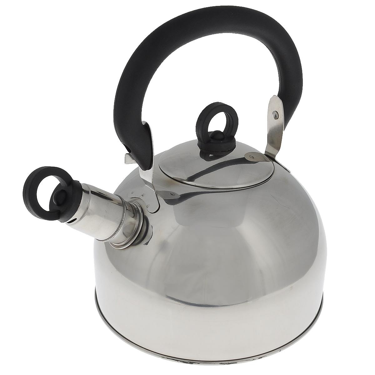 Чайник Regent Inox Tea со свистком, 1,8 л. 93-TEA-2593-TEA-25Чайник Regent Inox Tea выполнен из высококачественной нержавеющей стали 18/10 с зеркальной полировкой. Основные особенности: - оптимальное соотношение толщины дна и стенок посуды, что обеспечивает равномерное распределение тепла, экономию энергозатрат и устойчивость к деформации, - сохранение в воде всех полезных свойств и микроэлементов, - многослойное капсулированное дно: аккумулирует тепло, способствует быстрому закипанию и приготовлению пищи даже при небольшой мощности конфорок, - функционален, гигиеничен, эргономичен, а благодаря оригинальному дизайну чайник станет украшением любой кухни. Чайник оснащен крышкой и удобной фиксированной бакелитовой ручкой. Съемный свисток на носике чайника всегда подскажет, когда вода закипела. Подходит для всех типов плит, включая индукционные. Можно мыть в посудомоечной машине. Высота чайника (без учета ручки и крышки): 12,2 см. Высота чайника (с учетом ручки): 23 см. Диаметр основания чайника: 18,5 см. Диаметр чайника (по верхнему краю): 8,7 см.
