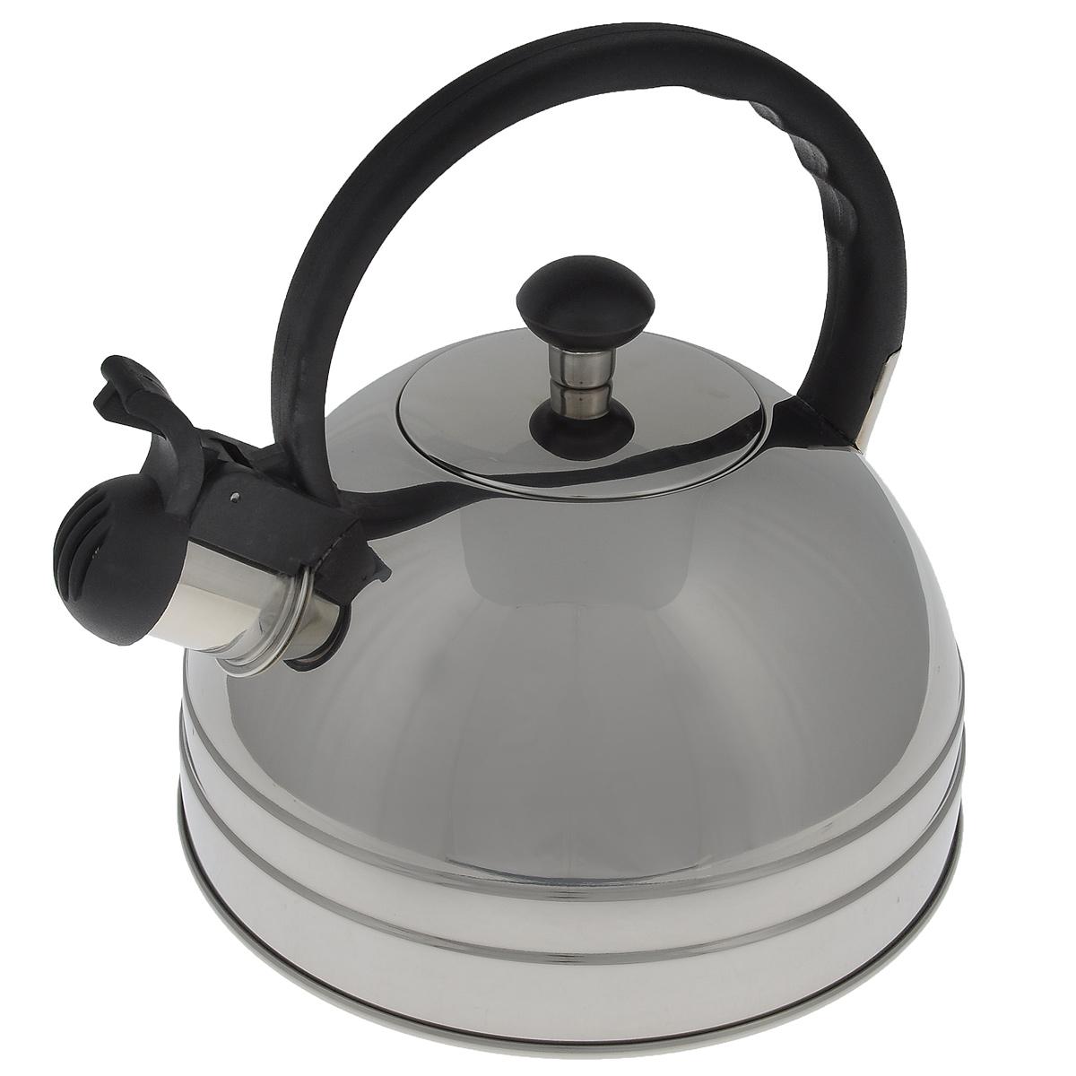 Чайник Regent Inox Tea со свистком, 2,5 л. 93-TEA-2693-TEA-26Чайник Regent Inox Tea выполнен из высококачественной нержавеющей стали 18/10 с зеркальной полировкой. Основные особенности: - оптимальное соотношение толщины дна и стенок посуды, что обеспечивает равномерное распределение тепла, экономию энергозатрат и устойчивость к деформации, - сохранение в воде всех полезных свойств и микроэлементов, - многослойное капсулированное дно: аккумулирует тепло, способствует быстрому закипанию и приготовлению пищи даже при небольшой мощности конфорок, - функционален, гигиеничен, эргономичен, а благодаря оригинальному дизайну чайник станет украшением любой кухни. Чайник оснащен крышкой и удобной фиксированной бакелитовой ручкой. Откидной свисток на носике чайника всегда подскажет, когда вода закипела. Подходит для всех типов плит, включая индукционные. Можно мыть в посудомоечной машине. Высота чайника (без учета ручки и крышки): 11,6 см. Высота чайника (с учетом ручки): 21 см. Диаметр основания чайника: 20,3 см. Диаметр чайника (по верхнему краю): 8 см.