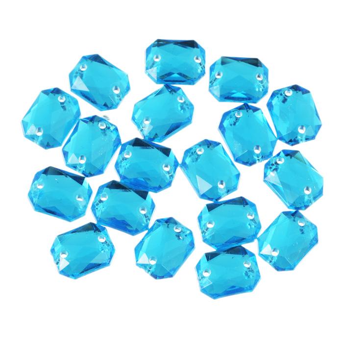 Стразы пришивные Астра, акриловые, прямоугольные, цвет: голубой (32), 8 мм х 10 мм, 18 шт. 7701652_327701652_32 голубойНабор страз Астра, изготовленный из акрила, позволит вам украсить одежду и аксессуары. Стразы оригинального и яркого дизайна выполнены в форме прямоугольникаи оснащены отверстиям для пришивания. Украшение стразами поможет сделать любую вещь оригинальной и неповторимой.