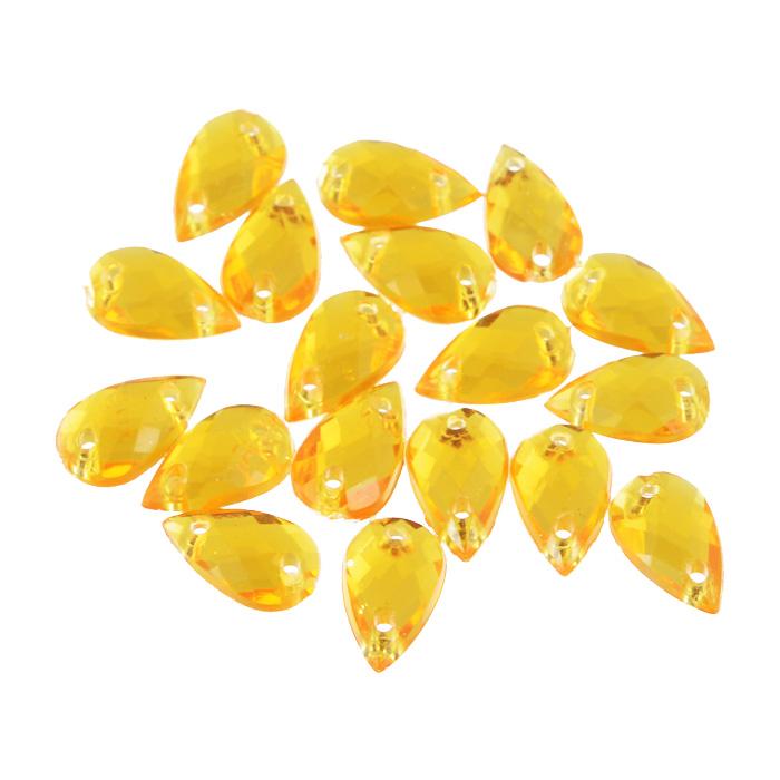 Стразы пришивные Астра, акриловые, капля, цвет: светло-оранжевый (11), 6 х 10 мм, 18 шт. 77016547701654_11 св.оранжевыйНабор страз Астра, изготовленный из акрила, позволит вам украсить одежду и аксессуары. Стразы оригинального и яркого дизайна в форме капли оснащены отверстиями для пришивания.Украшение стразами поможет сделать любую вещь оригинальной и неповторимой.Размер: 6 х 10 мм.