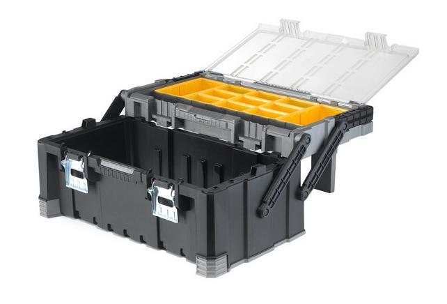 Ящик кантиливер Keter Master Pro, 2217187311Ящик для инструментов Keter изготовлен из прочного пластика и предназначен для хранения и переноски инструментов. Вместительный, внутри имеет большое вместительное отделение под инструменты. На крышке расположен органайзер, который имеет 9 маленьких контейнеров и 2 больших. Закрывается при помощи крепких защелок, которые не допускают случайного открывания. Для более комфортного переноса в руках, на крышке ящика предусмотрена удобная ручка. Характеристики: Материал:пластик, металл. Размеры ящика: 56,7 см х 31,4 см х 24,5 см. Глубина ящика: 16 см. Размеры малого контейнера: 6 см х 9,5 см х 5 см. Размеры большого контейнера: 9 см х 17,5 см х 5 см. Размеры упаковки: 56,7 см х 31,4 см х 24,5 см.
