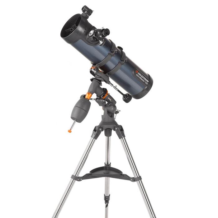 Celestron AstroMaster 130 EQ телескоп31045Ищете универсальный телескоп, подходящий для наблюдения как наземных, так и небесных объектов? Тогда телескоп AstroMaster 130 EQ – для вас! Этот мощный оптический инструмент, обладающий качественной оптикой, надежностью и простотой в эксплуатации, дает яркие, контрастные изображения тысяч объектов ночного неба, делая занятия астрономией интересными и доступными каждому. Телескоп быстро подготавливается к работе, не требуя инструментов для сборки, и практически не нуждаются в техническом обслуживании.Телескопы AstroMaster 130 EQ оснащены переработанными искателями StarPointer, упрощающими наведение на цель, быстросъемными приспособлениями типа «ласточкин хвост» для крепления оптической трубы, удобными полочками для аксессуаров и легкими, предварительно собранными стальными треногами. Телескопы имеют ручное управление, позволяющее легко и быстро находить небесные объекты и следить за ними. Интересуют наблюдения наземных объектов? Оптика с прямым изображением идеально подходит для этих целей.