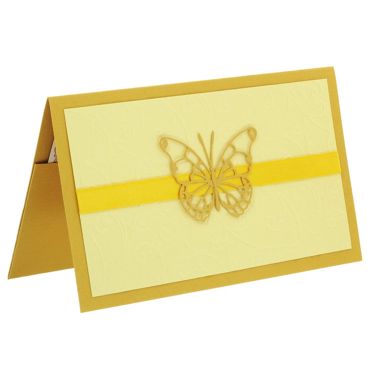 ОЖ-0025 Открытка-конверт с бабочкой, без надписи (бабочка на ленте, золото). Студия «Тётя Роза»YM116017-4Характеристики: Размер 19 см x 11 см.Материал: Высоко-художественный картон, бумага, декор. Данная открытка может стать как прекрасным дополнением к вашему подарку, так и самостоятельным подарком. Так как открытка является и конвертом, в который вы можете вложить ваш денежный подарок или просто написать ваши пожелания на вкладыше. Конверт для поздравления с ажурной, нежной бабочкой на атласной ленте подойдет любому событию. Нейтральность идеи делает его универсальным подарком для любого торжества или мероприятия. Фактурный, текстурированный фон придает изысканности и благородства.Также открытка упакована в пакетик для сохранности.Обращаем Ваше внимание на то, что открытка может незначительно отличаться от представленной на фото.Открытки ручной работы от студии Тётя Роза отличаются своим неповторимым и ярким стилем. Каждая уникальна и выполнена вручную мастерами студии. (Открытка для мужчин, открытка для женщины, открытка на день рождения, открытка с днем свадьбы, открытка винтаж, открытка с юбилеем, открытка на все случаи, скрапбукинг)