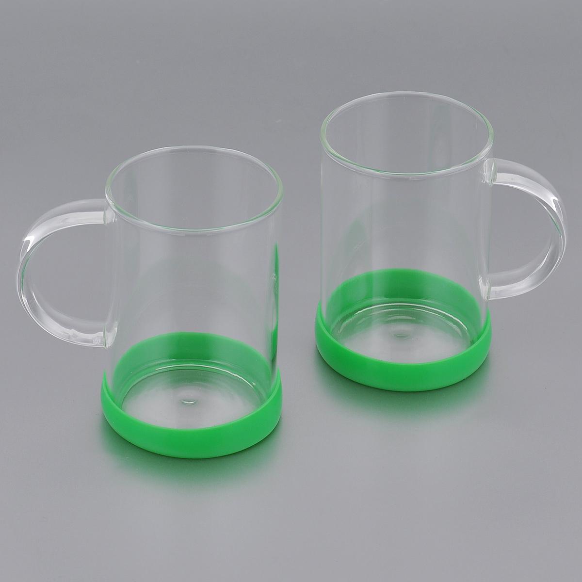 Набор стаканов Apollo Bauble, цвет: зеленый, 260 мл, 2 штBBL-02Набор Apollo Bauble, состоящий из двух стаканов, несомненно, придется вам по душе. Стаканы изготовлены из жаропрочного стекла и оснащены противоскользящими силиконовыми основаниями. Современный дизайн изделий полностью соответствует последним модным тенденциям в создании предметов бытовой техники.Набор стаканов Apollo Bauble станет также отличным подарком на любой праздник.Стаканы не рекомендуется мыть в посудомоечной машине. Диаметр стакана по верхнему краю: 6,5 см. Высота стакана: 10 см.