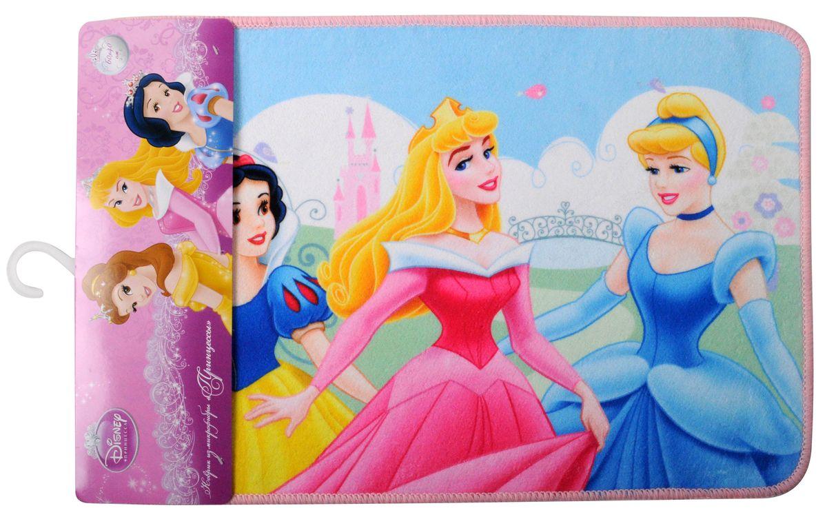 """Коврик Disney """"Принцессы"""", изготовленный из микрофибры (полиэстера) с  основой  из ПВХ, имеет комфортную бархатистую поверхность и хорошо впитывает влагу.  Коврик, декорированный красочным изображением сказочных принцесс, внесет  оригинальную нотку в интерьер дома. Противоскользящее основание  препятствует скольжению коврика на влажном полу.  Коврик с ярким принтом украсит любую детскую комнату. Вы можете положить  коврик рядом с детской кроваткой или у стола,  за которым ребенок делает уроки. Также коврик можно использовать в ванной  комнате, благодаря его способности впитывать влагу.   Коврик Disney """"Принцессы"""" - прекрасное решение для детской или ванной  комнаты. УВАЖАЕМЫЕ КЛИЕНТЫ!  Обращаем ваше внимание на возможные изменения в дизайне, связанные с  ассортиментом продукции. Поставка осуществляется в зависимости от наличия на  складе."""