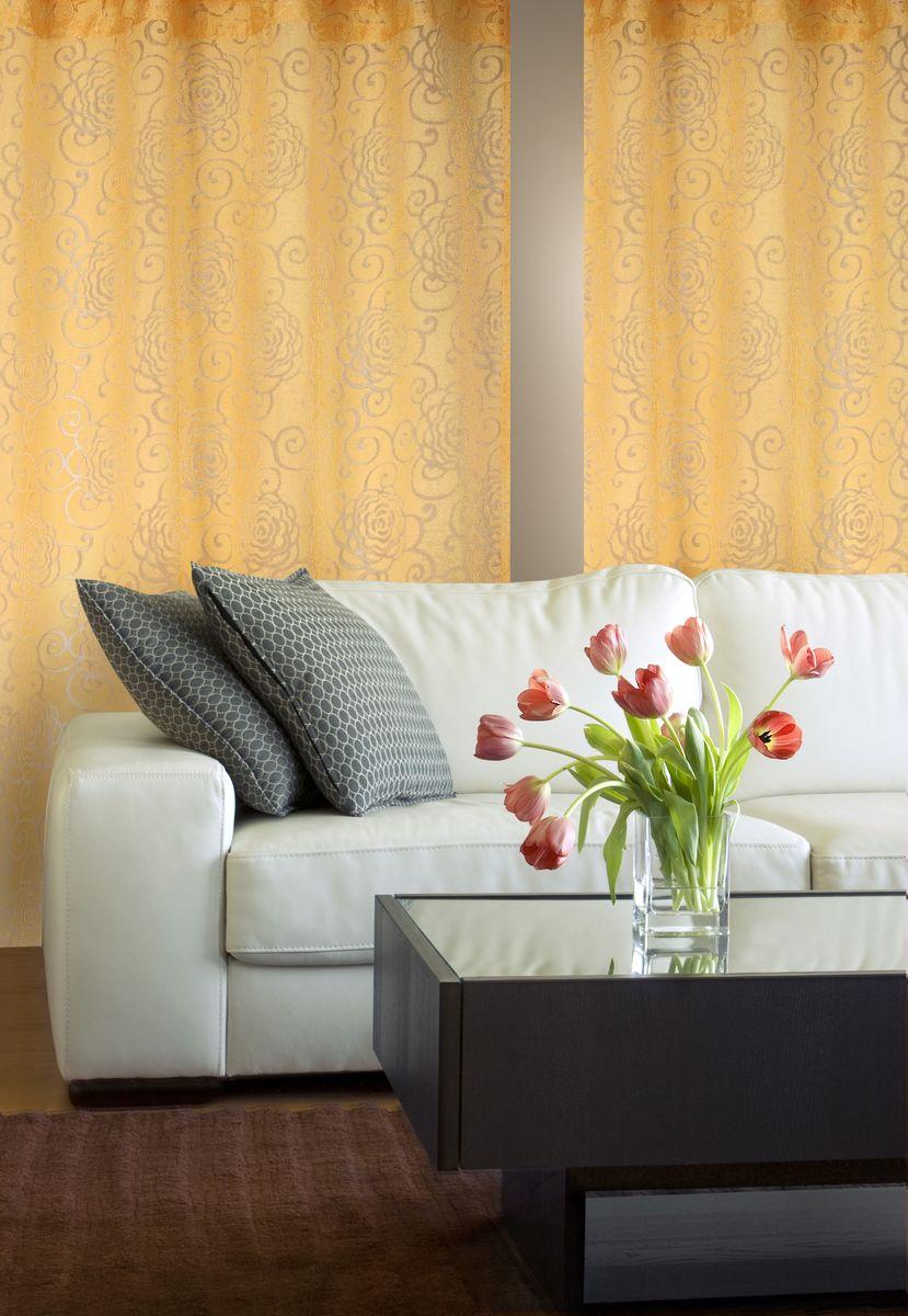 Штора Home Queen Цветы, на петлях, цвет: ванильный, высота 250 см61101Изящная штора Home Queen Цветы выполнена из 60% полиэстера и 40% вискозы. Штора с приятной фактурой и современным дизайном выполнена в оригинальной технике выжженных волокон burn out. Полупрозрачная ткань и стильный цветочный принт привлекут к себе внимание и органично впишутся в интерьер помещения. Такая штора идеально подходит для солнечных комнат. Мягко рассеивая прямые лучи, она хорошо пропускает дневной свет и защищает от посторонних глаз. Отличное решение для многослойного оформления окон. Эта штора будет долгое время радовать вас и вашу семью!Штора крепится на карниз при помощи петель.