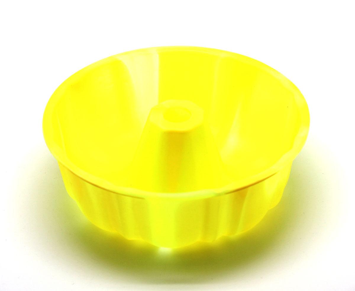 Форма для выпечки Atlantis Шарлотка, диаметр 25 см. SC-BK-002M-MSC-BK-002M-MСиликоновая форма для выпечки имеет много преимуществ по сравнению с традиционной металлической и алюминевой посудой. Она идеально подходит для использования в микроволновых, гаховых и электрических печах при температурах до +230°С. Благодаря гибкости и антипригарным свойствам изделия, ваша выпечка никогда не потеряет свой внешний вид. Форма займет на Вашей кухне минимум места, ее можно свернуть и убрать в шкаф, а при очередном использовании она примет первоначальный вид.Так же хотелось бы отметить, что силикон не вступает ни в какое химическое воздействие с окружающими материалами. Следовательно, Ваша пища, изготовленная в форме из силикона, никогда не будетсодержать посторонних примисей и неприятных запахов.
