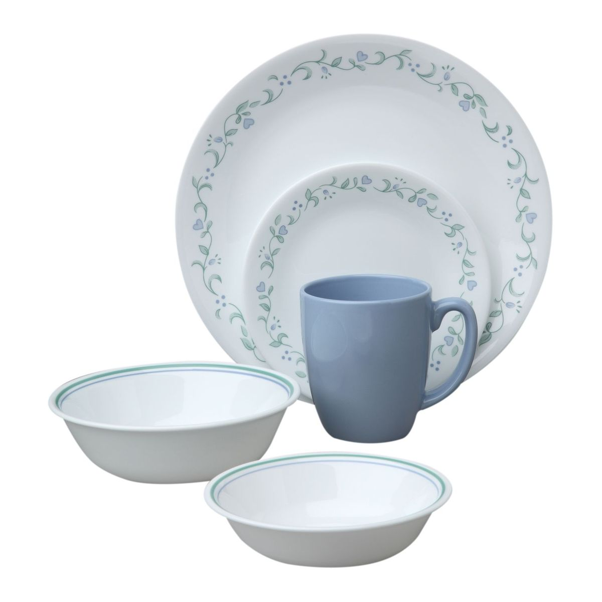 Набор посуды Country Cottage 30пр, цвет: белый с узором1088658Преимуществами посуды Corelle являются долговечность, красота и безопасность в использовании. Вся посуда Corelle изготавливается из высококачественного ударопрочного трехслойного стекла Vitrelle и украшена деколями американских и европейских дизайнеров. Рисунки не стираются и не царапаются, не теряют свою яркость на протяжении многих лет. Посуда Corelle не впитывает запахов и очень долгое время выглядит как новая. Уникальная эмаль, используемая во время декорирования, фактически становится единым целым с поверхностью стекла, что гарантирует долгое сохранение нанесенного рисунка. Еще одним из главных преимуществ посуды Corelle является ее безопасность. В производстве используются только безопасные для пищи пигменты эмали, при производстве посуды не применяется вредный для здоровья человека меламин. Изделия из материала Vitrelle: Прочные и легкие; Выдерживают температуру до 180С; Могут использоваться в посудомоечной машине и микроволновой печи; Штабелируемые; Устойчивы к царапинам; Ударопрочные; Не содержит меламин.6 обеденных тарелок 26 см; 6 десертных тарелок 17 см; 6 суповых тарелок 440 мл; 6 суповых тарелок 530 мл; 6 фарфоровых кружек 313 мл