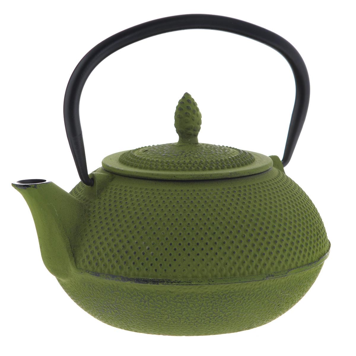 Чайник заварочный Mayer & Boch с ситечком, цвет: зеленый, 1 л23699Чайник заварочный Mayer & Boch изготовлен из чугуна - экологически чистого материала, который не тускнеет и не деформируется. Он долговечен и устойчив к воздействию высоких температур. Внешнее покрытие кремнийорганический термостойкий лак. Главное достоинство чугунного чайника - способность длительно сохранять тепло, чай в таком чайнике сохраняет свой вкус и свежий аромат долгое время. Чайник оснащен прочной металлической ручкой. В комплекте - ситечко из нержавеющей стали, которое задерживает чаинки и предотвращает их попадание в чашку. Восточный стиль, приятная цветовая гамма и оптимальный объем делают чайник Mayer & Boch удобным и оригинальным аксессуаром, который прекрасно подойдет как для ежедневного использования, так и для специальной чайной церемонии. Высота чайника (без учета крышки и ручки): 9 см.Диаметр чайника (по верхнему краю): 8 см.Диаметр основания чайника: 9,5 см.Размер ситечка: 8 см х 8 см х 6 см.