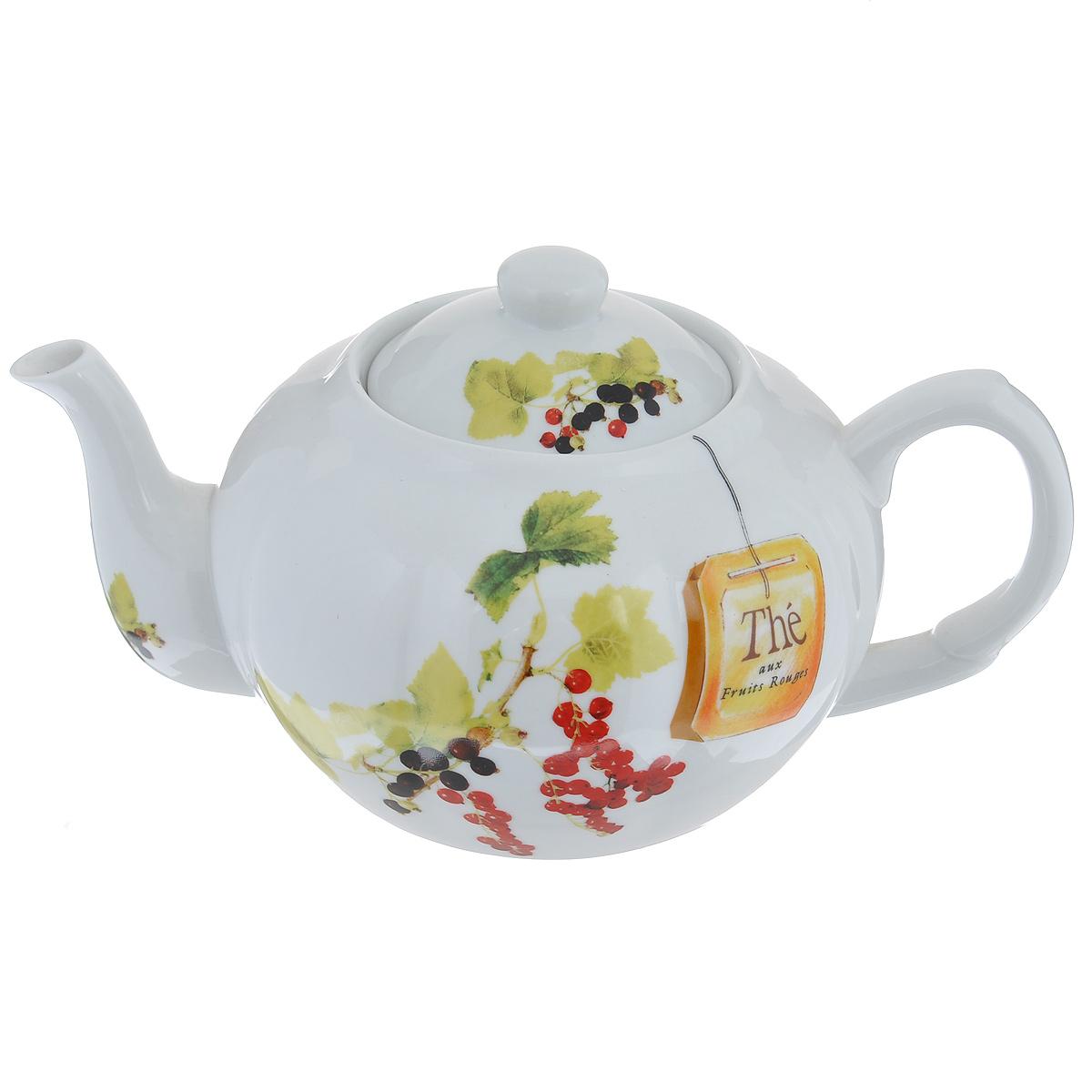 Чайник заварочный Larange Смородина, 1 л586-243Чайник Larange Смородина выполнен из высококачественного фарфора. Чайник декорирован изображением ягод красной и черной смородины. Чайник Larange Смородина предназначен для заваривания чая. Элегантный дизайн и совершенные формы чайника привлекут к себе внимание и украсят интерьер вашей кухни. Чайник Larange Смородина будет не только прекрасным украшением вашего стола, но и отличным подарком к любому празднику.Не использовать в микроволновой печи. Не применять абразивные чистящие вещества. Диаметр чайника по верхнему краю: 8,5 см.Высота чайника: 9,5 см.Диаметр дна чайника: 9 см. Длина чайника (с учетом ручки и носика): 23 см.