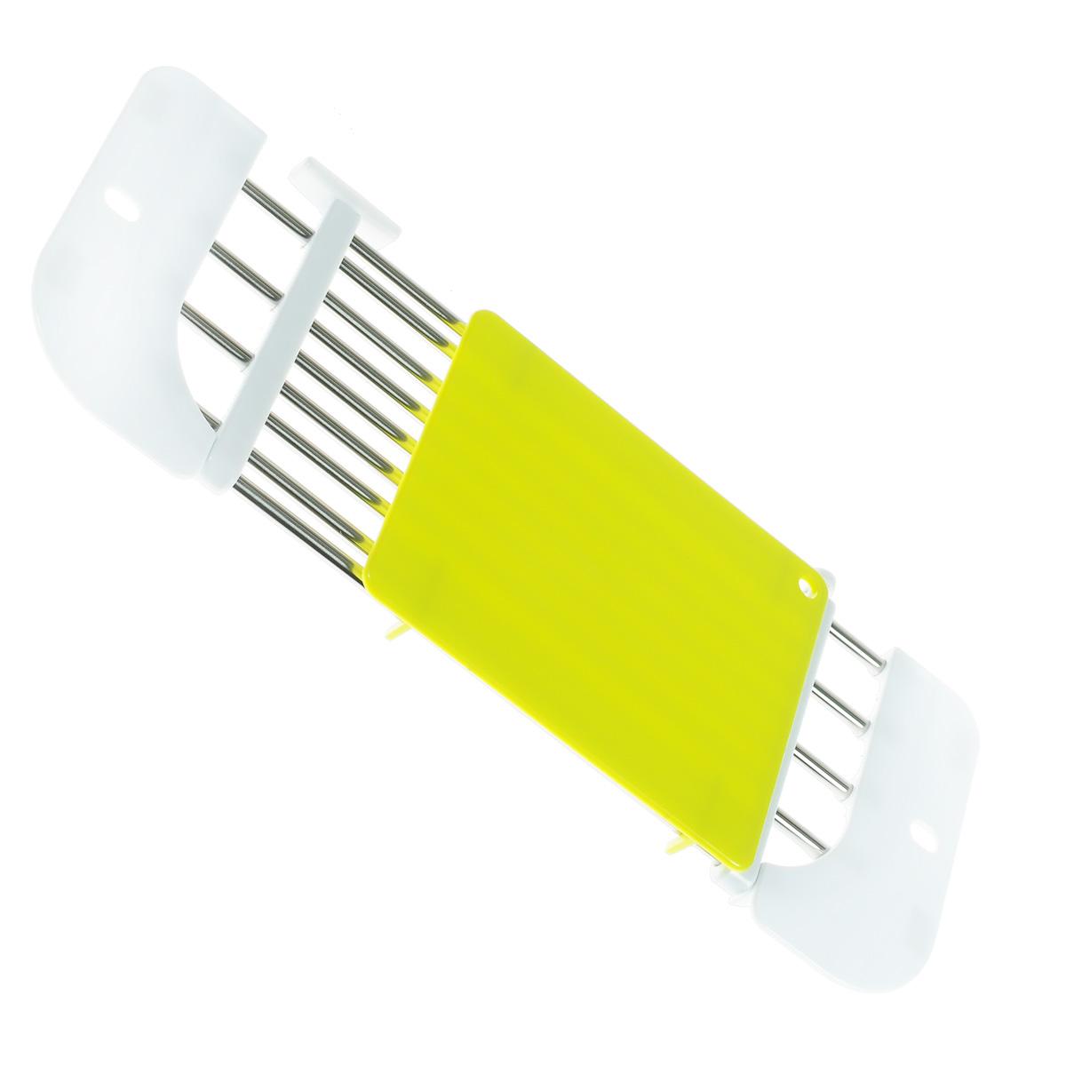Подставка на раковину Bradex Синк Мастер, с разделочной доской, 46-71 х 18 х 2 смTK 0112Подставка на раковину Bradex Синк Мастер изготовлена из нержавеющей стали и высокопрочного пластика. Это дополнительная рабочая поверхность на кухне. Выполненная из нержавеющей стали подставка регулируется в зависимости от размера раковины. Подставка невероятно компактна и идеально впишется в интерьер даже самой маленькой кухни. Она незаменима для хозяек, которые не терпят грязи. Вам больше не придется ходить через всю кухню с мытыми овощами, оставляя за собой мокрый след, чтобы нарезать их. Синк Мастер всегда будет у вас под рукой. Готовьте без забот с подставкой на раковину Синк Мастер! Максимальная нагрузка: 5 кг.Размер подставки: 46-71 см х 18 см х 2 см.Размер разделочной доски: 20 см х 16 см.