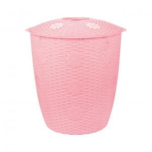 Корзина для белья Плетенка, цвет: розовый, 45 лМ2247Корзина для белья Плетенка изготовлена из прочного пластика. Корзина устойчива к перепадам температур и влажности, поэтому идеально подходит для ванной комнаты. Изделие оснащено двумя боковыми ручками и крышкой. Можно использовать для хранения белья, детских игрушек, домашней обуви и прочих бытовых вещей. Элегантный дизайн подойдет к интерьеру любой ванной. Размер корзины (с учетом крышки): 47 см х 44 см х 49 см. Объем: 45 л.
