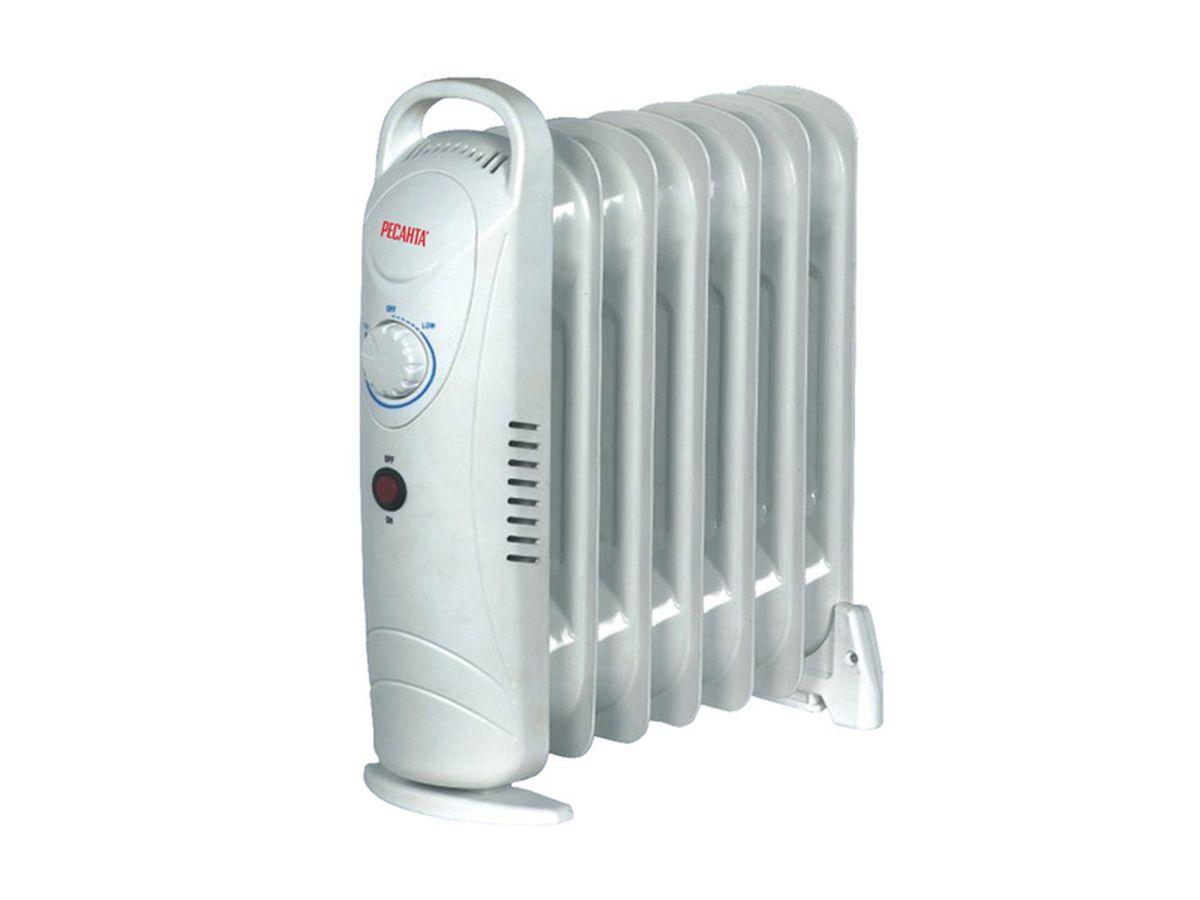 Ресанта ОММ-7Н (0,7 кВт) напольный радиатор67/3/1Напольный масляный обогреватель Ресанта ОММ-7Н оснащен термостатом, измеряющим температуру масла. Температура задается поворотом ручки регулировки. На минимальном положении ручки работает режим антизамерзания. То есть радиатор будет включаться только для того, чтобы сохранить в помещении температуру не менее 0° по Цельсию.