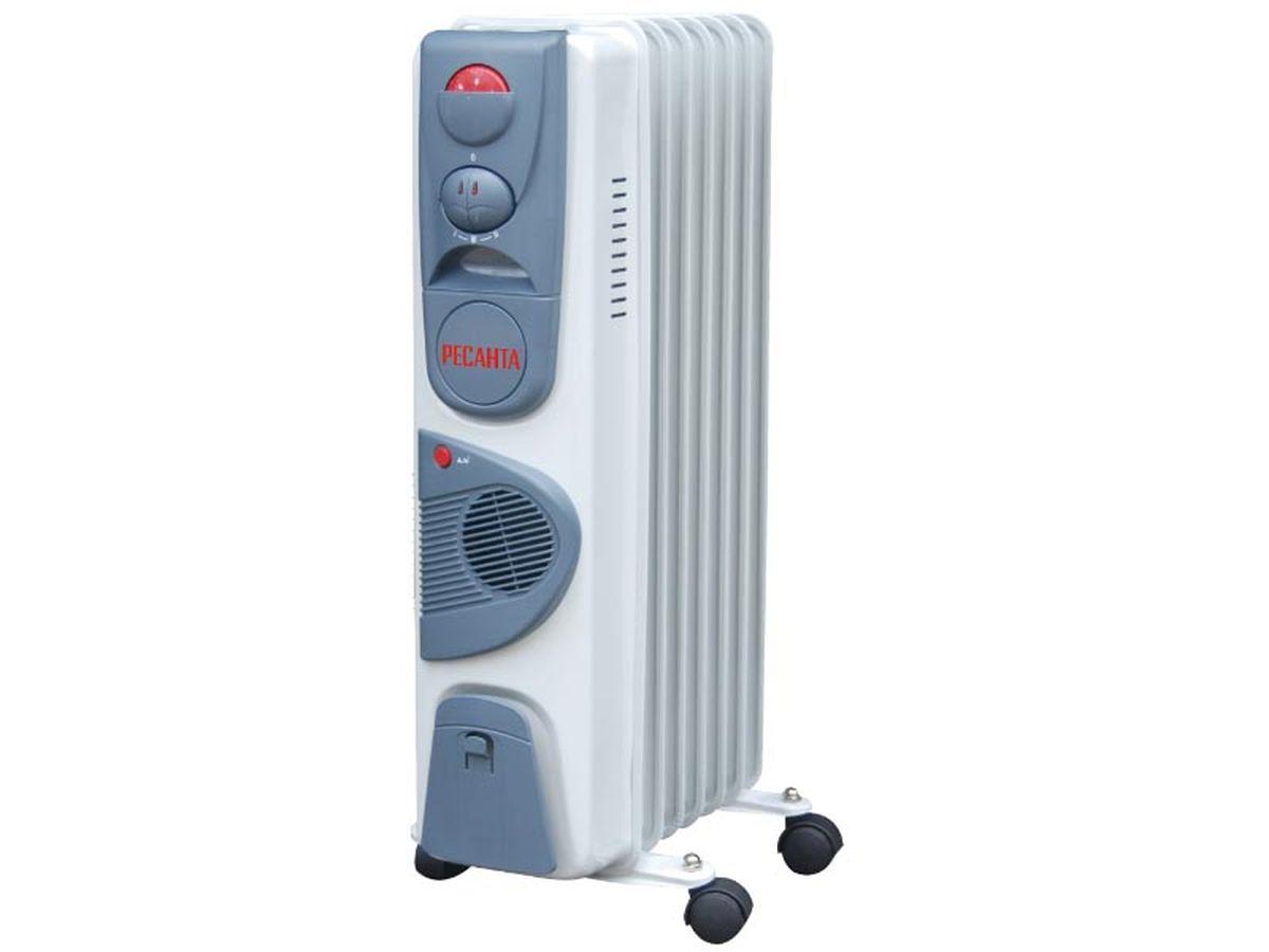 Ресанта ОМ-7НВ (1,9 кВт) напольный радиатор67/3/10Масляный обогреватель Ресанта ОМ-7НВ оснащен термостатом, измеряющим температуру масла. Устройство снабжено встроенным тепловентилятором, который принудительно разгоняет нагретый воздух по помещению. Температура задается поворотом ручки регулировки. На минимальном положении ручки работает режим антизамерзания. То есть радиатор будет включаться только для того, чтобы сохранить в помещении температуру не менее 0° по Цельсию.