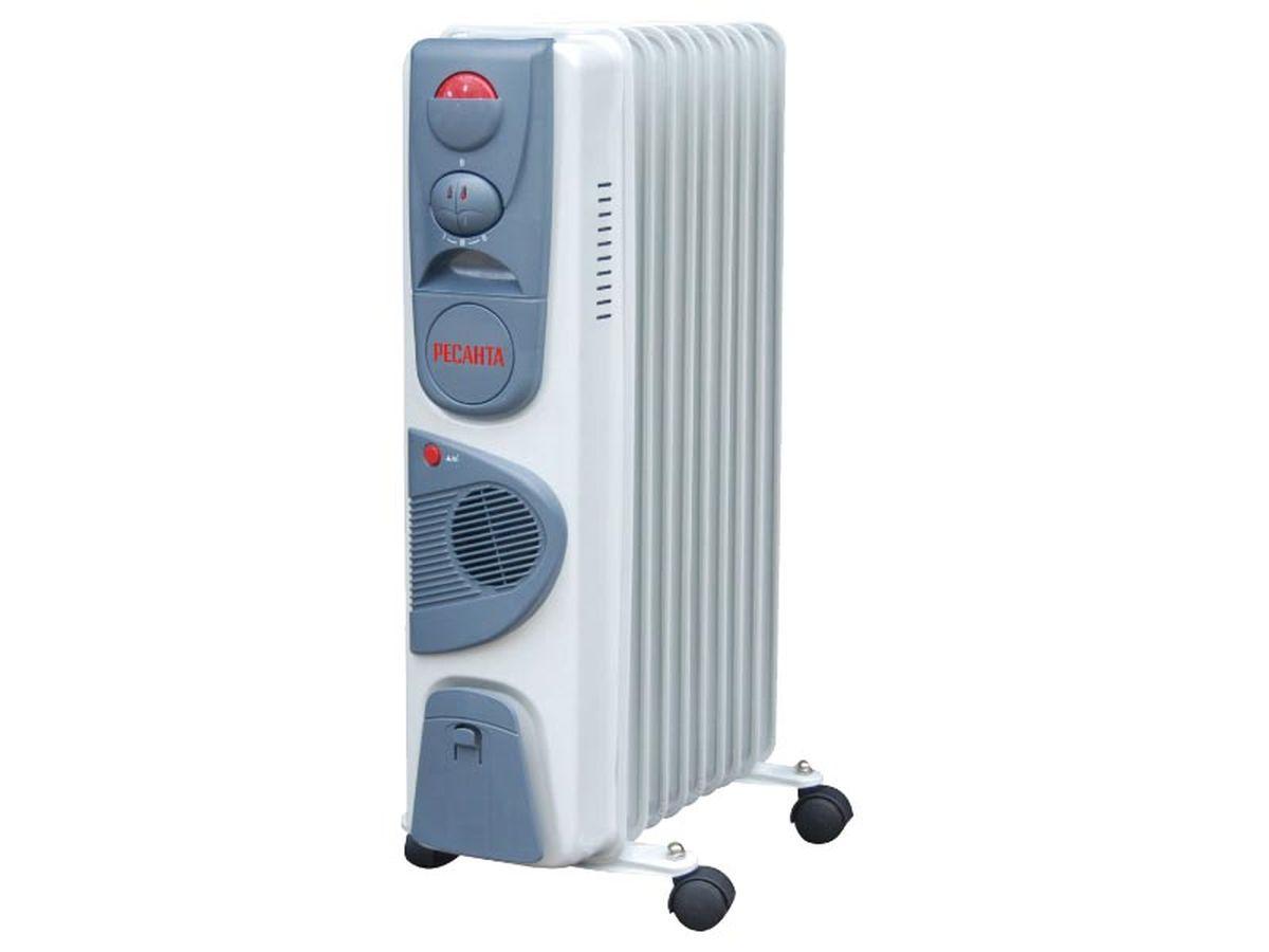 Ресанта ОМ-9НВ (2,4 кВт) напольный радиатор67/3/11Масляный обогреватель Ресанта ОМ-9НВ оснащен термостатом, измеряющим температуру масла. Устройство снабжено встроенным тепловентилятором, который принудительно разгоняет нагретый воздух по помещению. Температура задается поворотом ручки регулировки. На минимальном положении ручки работает режим антизамерзания. То есть радиатор будет включаться только для того, чтобы сохранить в помещении температуру не менее 0° по Цельсию.