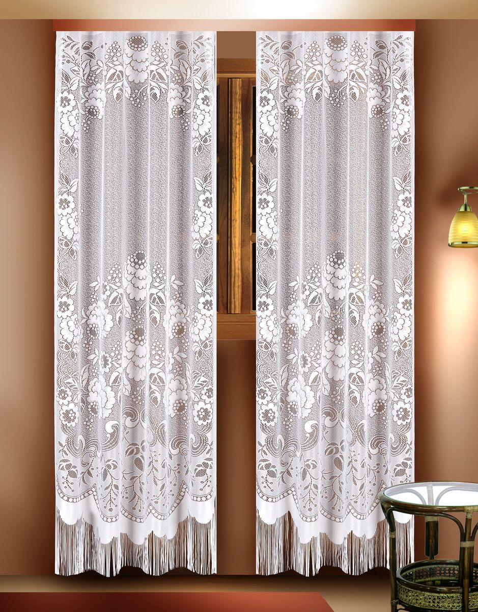 Комплект гардин Zlata Korunka, цвет: белый, высота 210 см. 8881888818Воздушные гардины Zlata Korunka, изготовленные из полиэстера белого цвета, станут великолепным украшением любого окна. Гардины выполнены из сетчатого материала, декорированы цветочным рисунком и украшены бахромой внизу. Тонкое плетение и оригинальный дизайн привлекут к себе внимание и органично впишутся в интерьер. Верхняя часть гардин не оснащена креплениями.Гардины - 2 шт. Размер: 110 см х 210 см.