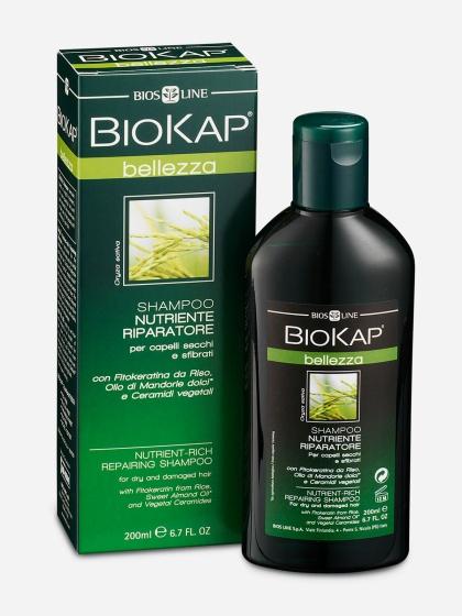 BioKap Шампунь питательный, восстанавливающий, 200 млBL33Шампунь обогащен питательными веществами для специального ухода за сухими, поврежденными или усталыми волосами. Формула основана на натуральных растительных ПАВ, эфирных маслах высокой степени очистки и растительных экстрактах. Шампунь восстанавливает структуру, укрепляет и защищает ломкие и хрупкие волосы с секущимися кончиками. Фитокерамиды Риса создают защитный барьер и реструктурируют стержневое тело волоса. Эффект усиливается маслом сладкого Миндаля*, растительными Церамидам из оливкового масла, которые придают волосам блеск и силу уже после первого применения шампуня. Шампунь Biokap - Естественный способ позаботиться о красоте и благополучия ваших волос.