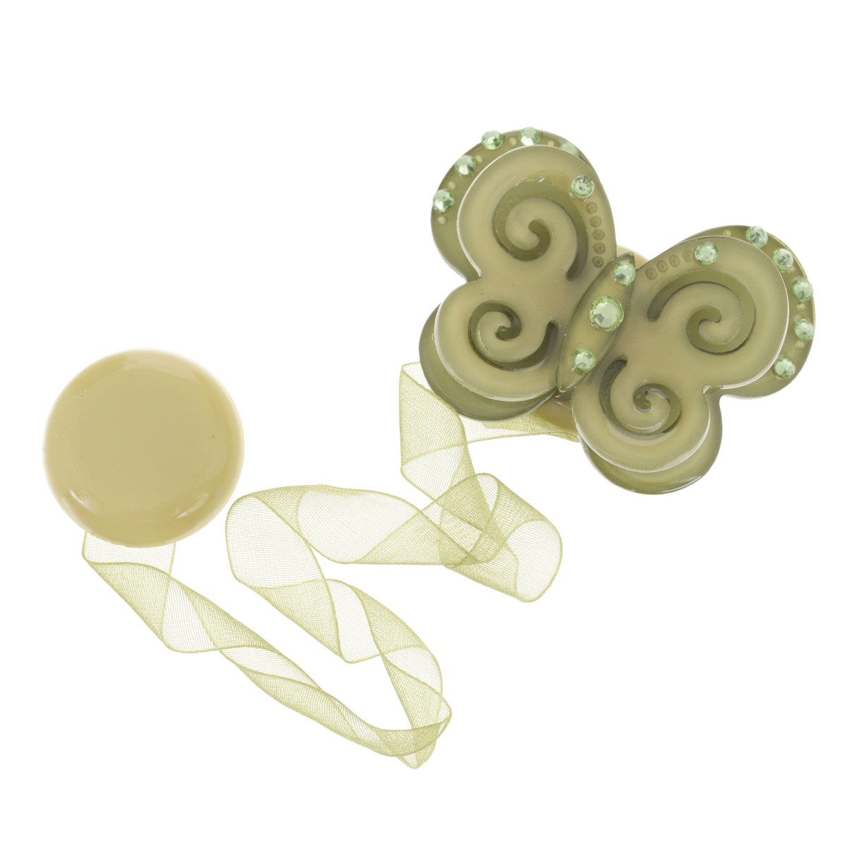 Клипса-магнит для штор Calamita Fiore, цвет: зеленый_7817704010_781Клипса-магнит Calamita Fiore, изготовленная из пластика и текстиля, предназначена для придания формы шторам. Изделие представляет собой два магнита, расположенные на разных концах текстильной ленты. Один из магнитов оформлен декоративной бабочкой со стразами. С помощью такой магнитной клипсы можно зафиксировать портьеры, придать им требуемое положение, сделать складки симметричными или приблизить портьеры, скрепить их. Клипсы для штор являются универсальным изделием, которое превосходно подойдет как для штор в детской комнате, так и для штор в гостиной. Следует отметить, что клипсы для штор выполняют не только практическую функцию, но также являются одной из основных деталей декора этого изделия, которая придает шторам восхитительный, стильный внешний вид. Материал: пластик, полиэстер, магнит.Размер бабочки: 5,5 см. х 4,5 см.Диаметр магнита: 2,5 см.Длина ленты: 28 см.