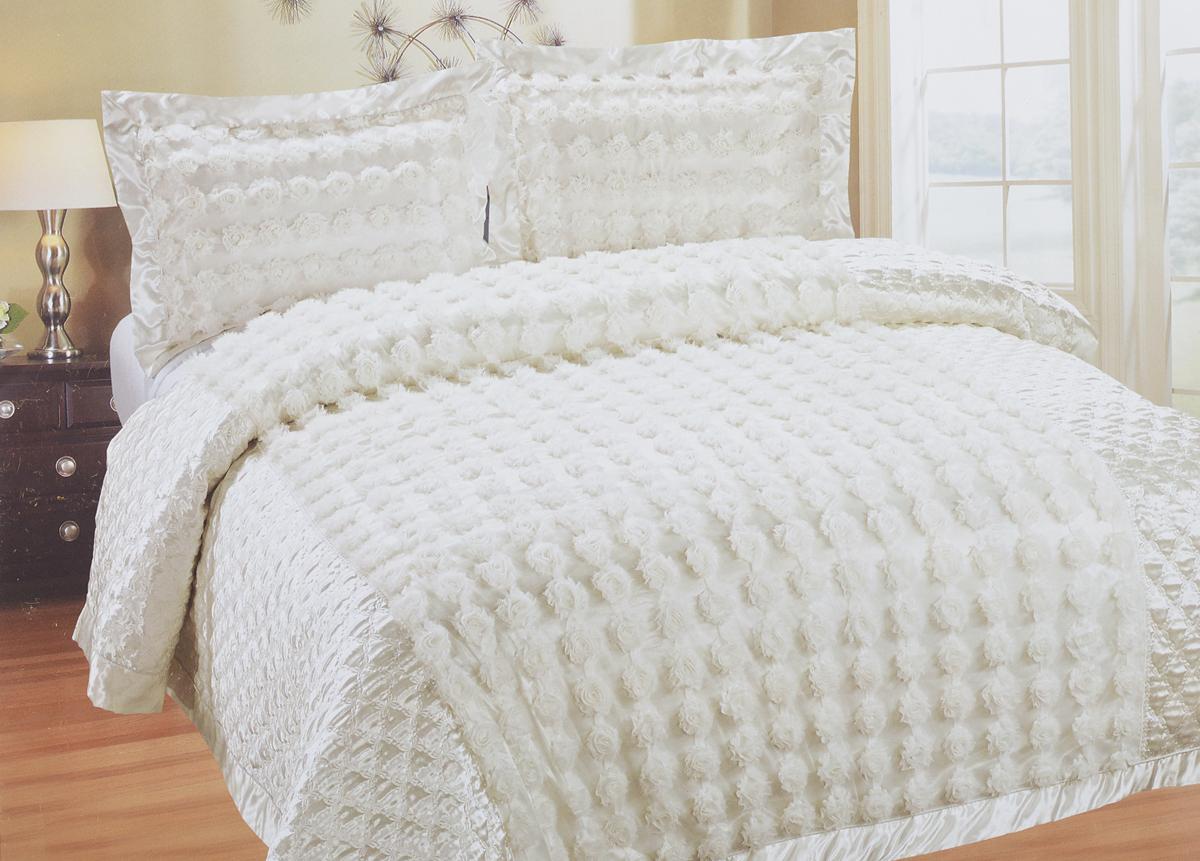 Комплект для спальни SL: покрывало 240 х 260 см, 2 наволочки 50 х 70 см, цвет: белый09362Роскошный комплект для спальни SL состоит их стеганого покрывала и двух наволочек. Верхняя часть предметов набора изготовлена из 100% полиэстера, нижняя - из 20% хлопка и 80% полиэстера. Набор декорирован цвета из ткани.Комплект для спальни SL - это отличный способ придать спальне уют и привнести в интерьер что-то новое. Набор упакован в подарочную картонную коробку, украшенную сюжетами по мотивам картин эпохи Возрождения.