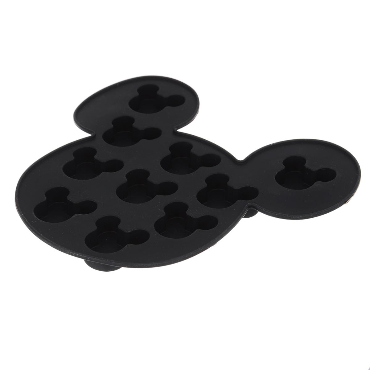 Форма для льда Disney Микки Маус, цвет: черный, 10 ячеек61132Форма Disney Микки Маус выполнена из высококачественного пищевого силикона и предназначена для изготовления шоколада, конфет, мармелада, желе, льда и выпечки. На одном листе расположено 10 ячеек в виде мордочек Микки Мауса. Благодаря тому, что форма изготовлена из силикона, готовый десерт вынимать легко и просто. Силиконовые формы выдерживают высокие и низкие температуры (от -40°С до +230°С). Они эластичны, износостойки, легко моются, не горят и не тлеют, не впитывают запахи, не оставляют пятен. Силикон абсолютно безвреден для здоровья. Чтобы достать льдинки, эту форму не нужно держать под теплой водой или использовать нож. Можно использовать в микроволновой печи, мыть в посудомоечной машине и хранить в холодильнике.Упаковка содержит описание рецептов ягодного льда и шоколадных конфет.Общий размер формы: 16 х 15 х 1,5 см. Количество ячеек: 10 шт.Размер ячеек: 3 х 2,5 х 1 см.