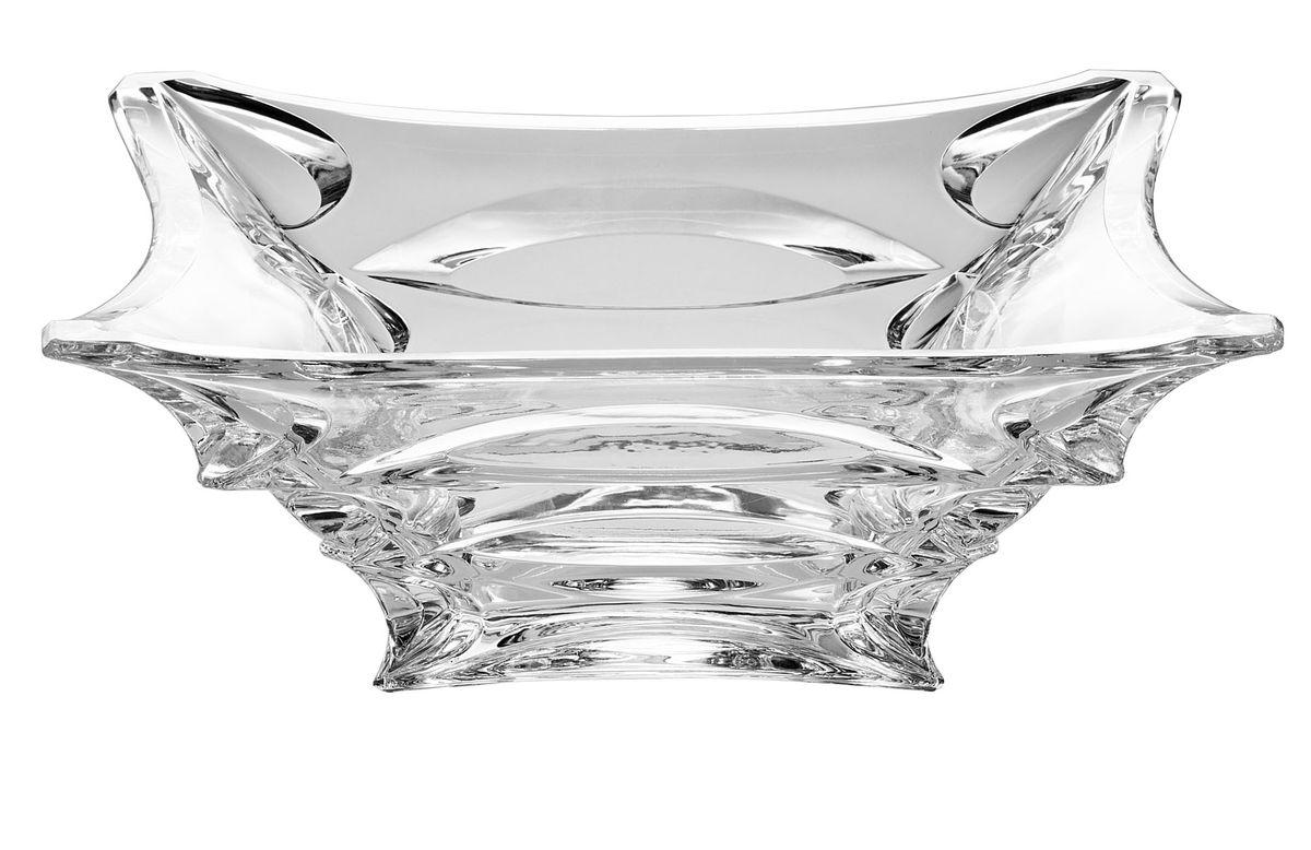 Салатник Crystal Bohemia X-Lady, 29 х 29 см920/60613/0/39750/290-109Салатник Crystal Bohemia X-Lady изготовлен из хрусталя и выполнен в форме большой квадратнойчаши, декорированной рельефным рисунком. Данный салатник сочетает в себе изысканный дизайн с максимальной функциональностью. Он прекрасно впишется в интерьер вашей кухни и станет достойным дополнением к кухонному инвентарю. Такой салатник не только украсит ваш кухонный стол и подчеркнет прекрасный вкус хозяйки, но и станет отличным подарком.Размер: 29 см х 29 см х 11,5 см.