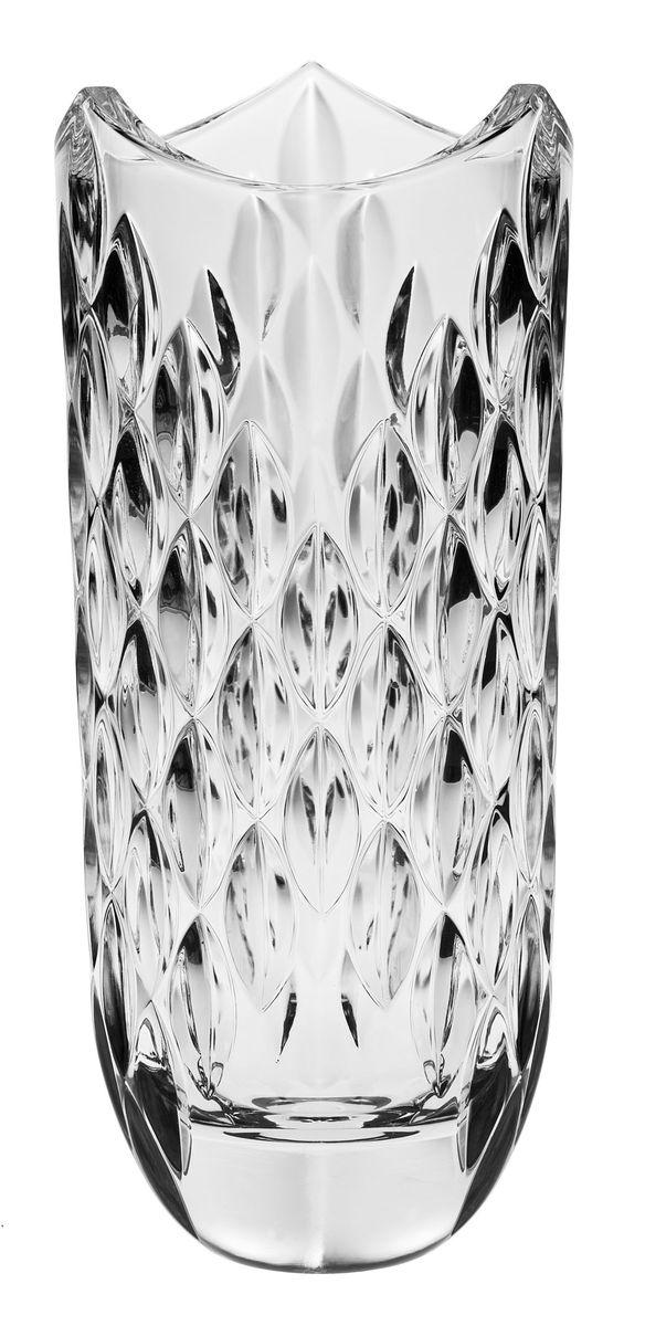 Ваза Crystal Bohemia, высота 33 см990/80811/0/54100/330-109Ваза Crystal Bohemia выполнена из прочного высококачественного хрусталя, имеет неровные края и декорирована рельефом. Она излучает приятный блеск и издает мелодичный звон. Ваза сочетает в себе изысканный дизайн с максимальной функциональностью. Ваза не только украсит дом и подчеркнет ваш прекрасный вкус, но и станет отличным подарком.Высота: 33 см.Диаметр по верхнему краю: 13,5 см.Диаметр основания: 6,5 см.
