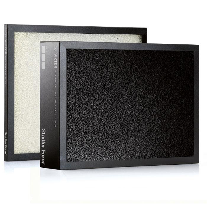 Stadler Form Filter комплект фильтров для ViktorV-010Заменяемый комплект фильтров для очистителя воздуха Viktor состоит из предварительного и угольного фильтров.Предварительный фильтр - от шерсти и крупных частиц.Фильтр из активированного угля - от неприятных запахов (общая площадь поверхности 50000 м2). Необходима замена фильтра каждые 6 месяцев.