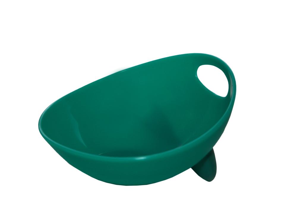 Миска для животных Ziver, цвет: бирюзовый, 500 мл40.ZV.209Дизайнерская миска Ziver - это посуда с удобной для животных анатомической формой. Миска выполнена из пластика с глянцевой поверхностью внутри, а снаружи - матовой. За счет разных поверхностей миска легко моется водой. Съемная утяжеленная резиновая ножка не позволяет миске скользить по полу. Порадуйтесвоего питомца яркой и удобной миской для корма.Объем: 500 мл.Диаметр миски по верхнему краю: 13,5 см.Высота стенок: 7,5 см.