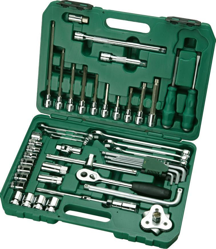 Набор инструментов SATA 50пр. 0950809508Набор инструментов Sata - это необходимый предмет в каждом доме и автомобиле. Набор прекрасно подойдет для проведения ремонтных автомобильных работ. Все инструменты выполнены из высококачественной стали. В комплекте пластиковый кейс для переноски и хранения.Состав набора:Головки торцевые 1/2 (12 граней): 8 мм, 10 мм, 12 мм, 17 мм, 18 мм, 19 мм, 20 мм, 21 мм, 22 мм, 24 мм, 27 мм. Биты Spline с хвостовиком под ключ 1/2: М8 х 100 мм, М10 х 120 мм, М12 х 140 мм. Биты HEX с хвостовиком под ключ 1/2: 17 мм x 50 мм, 6 мм x 70 мм, 8 мм x 120 мм, 6 мм x 250 мм, 5 мм x 180 мм, 6 мм x 140 мм, 10 мм x 140 мм, 7 мм x 100 мм. Ключи комбинированные: 8 мм, 10 мм, 13 мм, 17 мм, 19 мм, 22 мм. Ключ свечной 1/2: 16 мм. Ключ свечной 1/2: 21 мм. Ключи шестигранные удлиненные с шаром: 1,5 мм, 2 мм, 2,5 мм, 3 мм, 4 мм, 5 мм, 6 мм, 8 мм, 10 мм. Рукоятка реверсивная 1/2. Удлинители 1/2: 125 мм, 250 мм. Вороток 1/2: 250 мм. Шарнир карданный 1/2. Отвертка шлицевая проходная: 6мм x 100 мм. Отвертка Phillips проходная: PH2 x 100 мм. Съемник масляных фильтров: 63-102 мм (краб). Съемник амортизаторов.