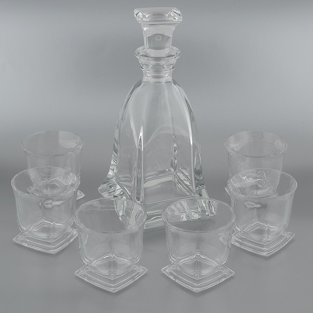 """Набор для виски """"Crystal Bohemia"""" состоит из штофа и шести стаканов. Изделия выполнены из прочного высококачественного хрусталя. Они излучают приятный блеск и издают мелодичный звон. Набор предназначен для виски. Набор для виски """"Crystal Bohemia"""" прекрасно оформит интерьер кабинета или гостиной и станет отличным дополнением бара. Такой набор также станет хорошим подарком к любому случаю. Объем штофа: 750 мл.Высота штофа (без крышки): 24 см.Объем стакана: 320 мл.Диаметр стакана по верхнему краю: 9 см.Высота стенок стакана: 9 см."""