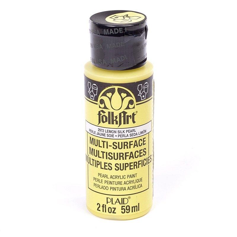 Краска акриловая FolkArt Multi-Surface Pearl, цвет: перламутровый лимон (2972), 59 млPLD-02972Краска акриловая FolkArt Multi-Surface Pearl - это прочная погодоустойчивая сатиновая краска с перламутровым отливом. Не токсична, на водной основе. Предназначена для различных видов поверхностей: стекло, керамика, дерево, металл, пластик, ткань, холст, бумага, глина. Идеально подходит как для использования в помещении, так и для наружного применения. Изделия, покрытые такой краской, можно мыть в посудомоечной машине в верхнем отсеке. Перед применением краску необходимо хорошо встряхнуть. Краски разных цветов можно смешивать между собой. Перед повторным нанесением краски дать высохнуть в течении 1 часа. До высыхания может быть смыта водой с мылом.