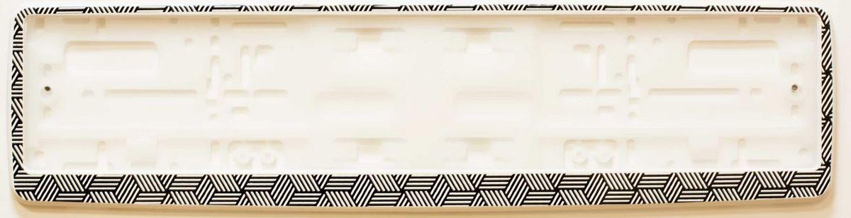 Рамка под номер Геометрический узорЗ0000014315Рамка Геометрический узор не только закрепит регистрационный знак на вашем автомобиле, но и красиво его оформит. Основание рамки выполнено из полипропилена, материал лицевой панели - пластик.Она предназначена для крепления регистрационного знака российского и европейского образца, декорирована орнаментом. Устанавливается на все типы автомобилей. Крепления в комплект не входят.Стильный дизайн идеально впишется в экстерьер вашего автомобиля.Размер рамки: 53,5 см х 13,5 см. Размер регистрационного знака: 52,5 см х 11,5 см.
